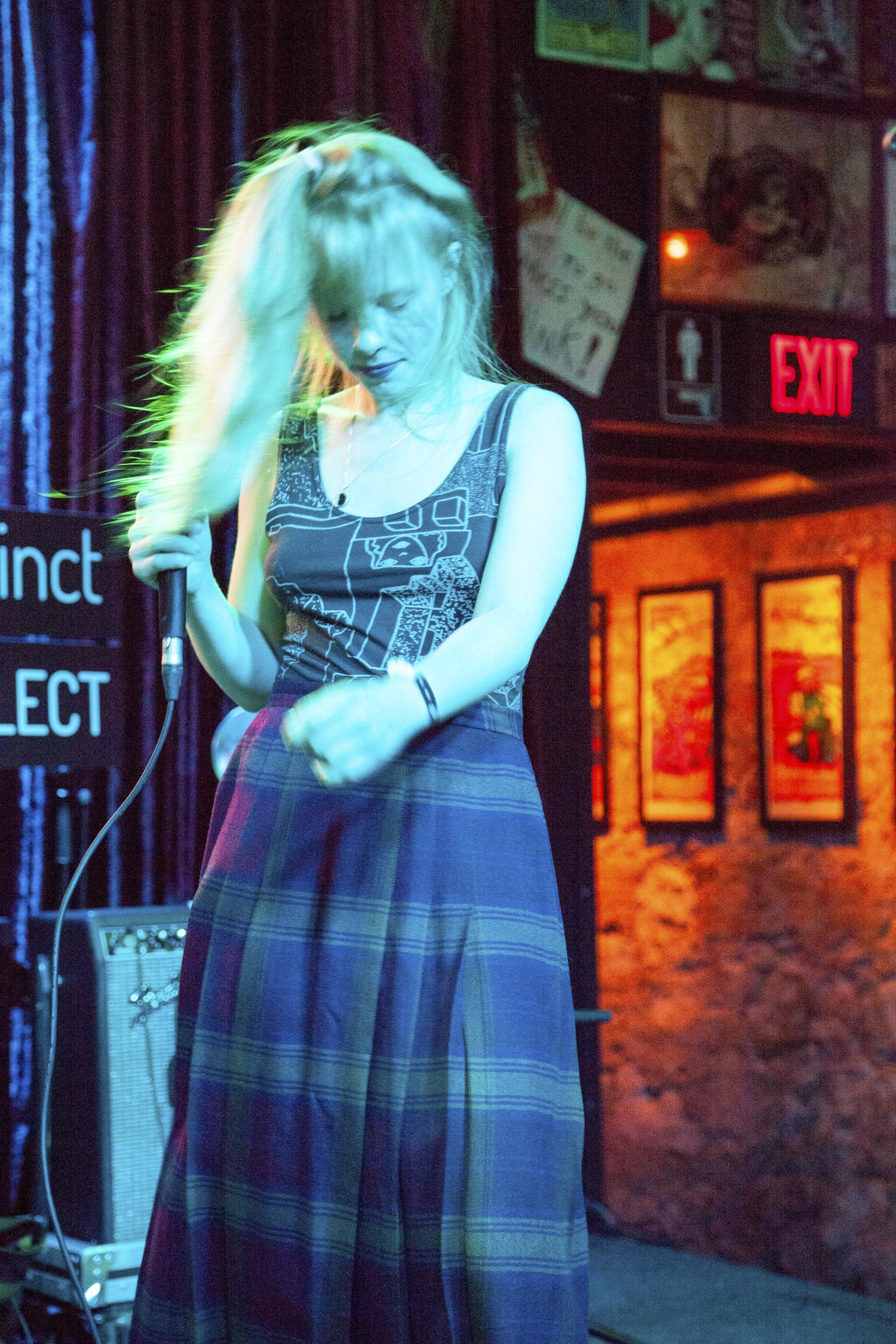 Puro Instinct Jennifer Brandon Elliott Skylar.jpg