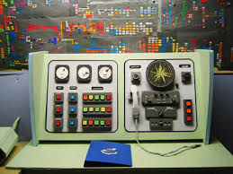 Detail, Lisi Raskin, Control Room