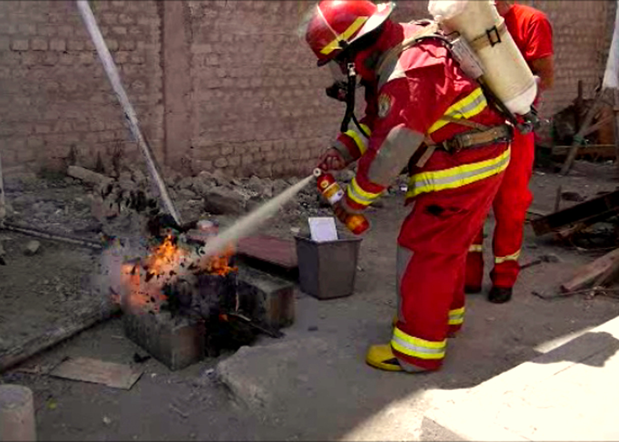 12-putting out fire.JPG