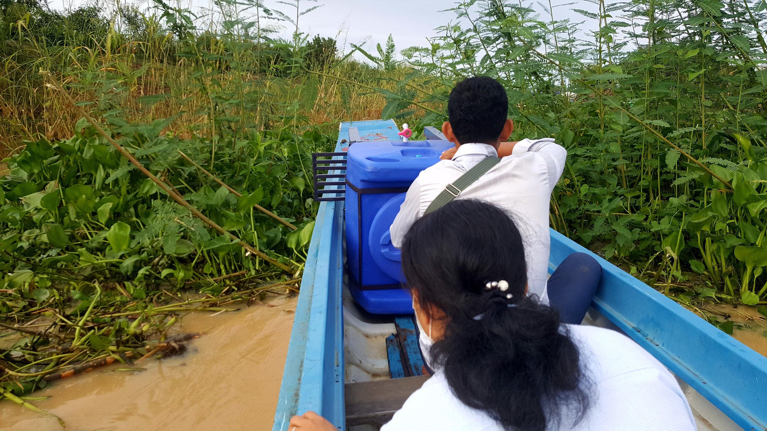 4 Floating Village Schools
