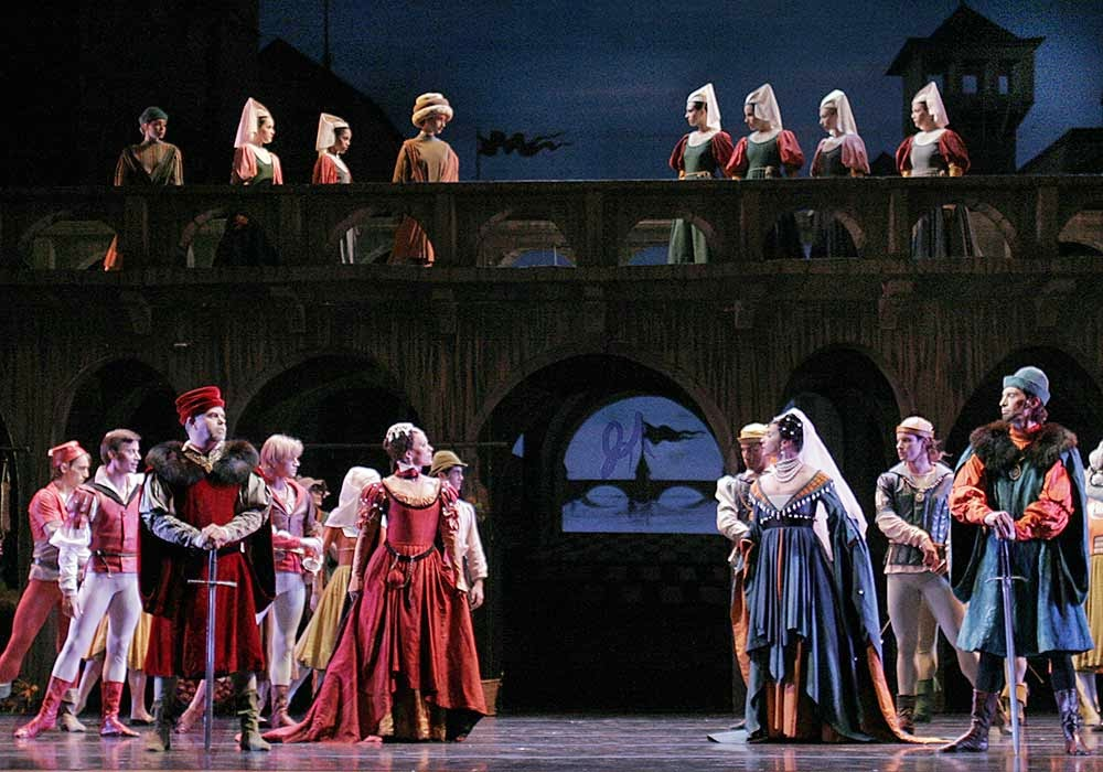 Image from a Pennsylvania Ballet production of  Romeo and Juliet .