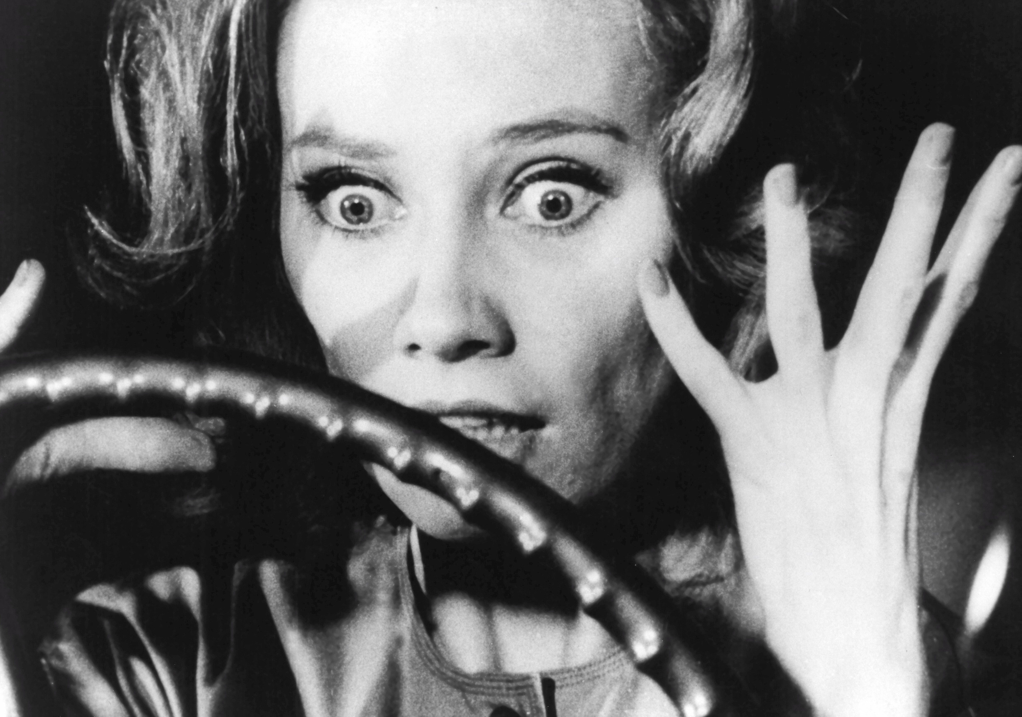 Carnival of Souls  still: Candace Hilligoss (as Mary Henry) freaking out in her car.