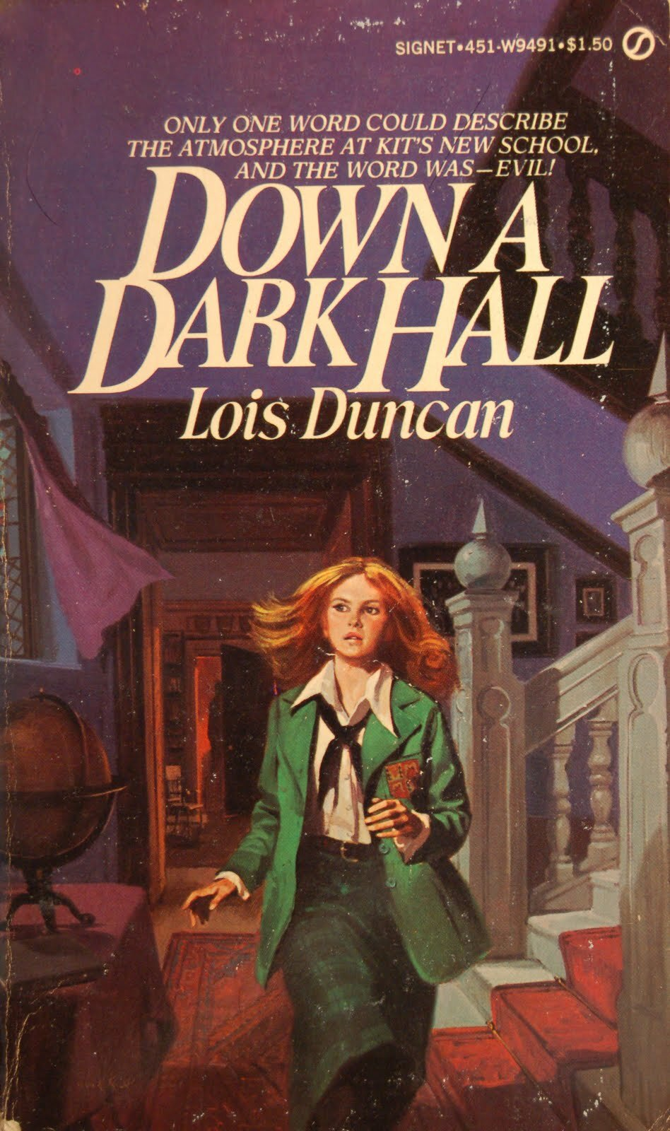 I think this is my favorite cover art for this book—it's such a perfect Gothic, with Kit running from… SOMETHING and the curtains fluttering and am I imagining it, or this there a SHADOWY FIGURE behind her???