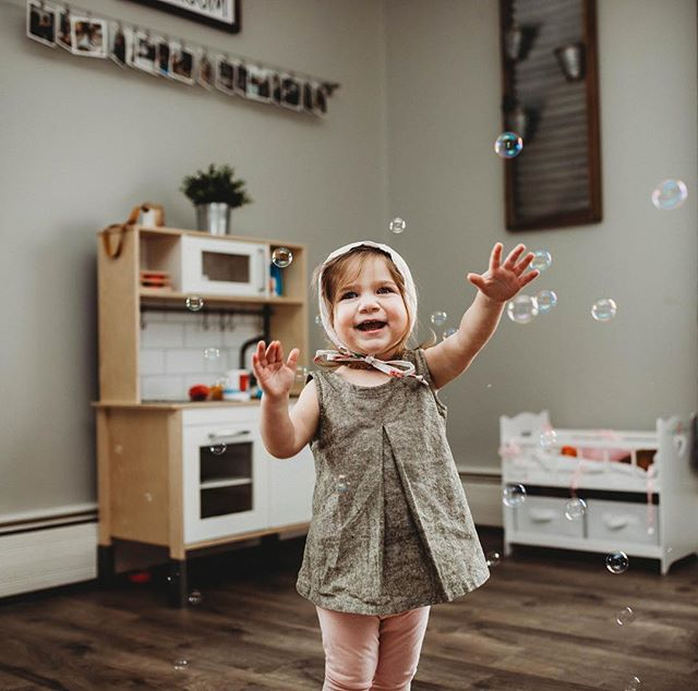 Bubbles inside because WHY NOT? I've been getting stir crazy being inside and it's still too chilly to be outside, happy middle ground! Bring the bubbles in! What are some of your favorite indoor activities to do with your little ones?! #littleandbrave @2acresinthecity