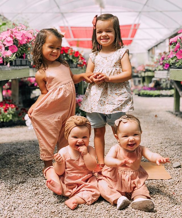 #littleandbrave @dailymaile ・・・ The greenhouse is our little sanctuary of pretty and peaceful and these linen outfits handmade by @linenandivy are the perfect combination of gorgeous and practical. Win-win you guys! And how about all of these cuties smiling? I die!