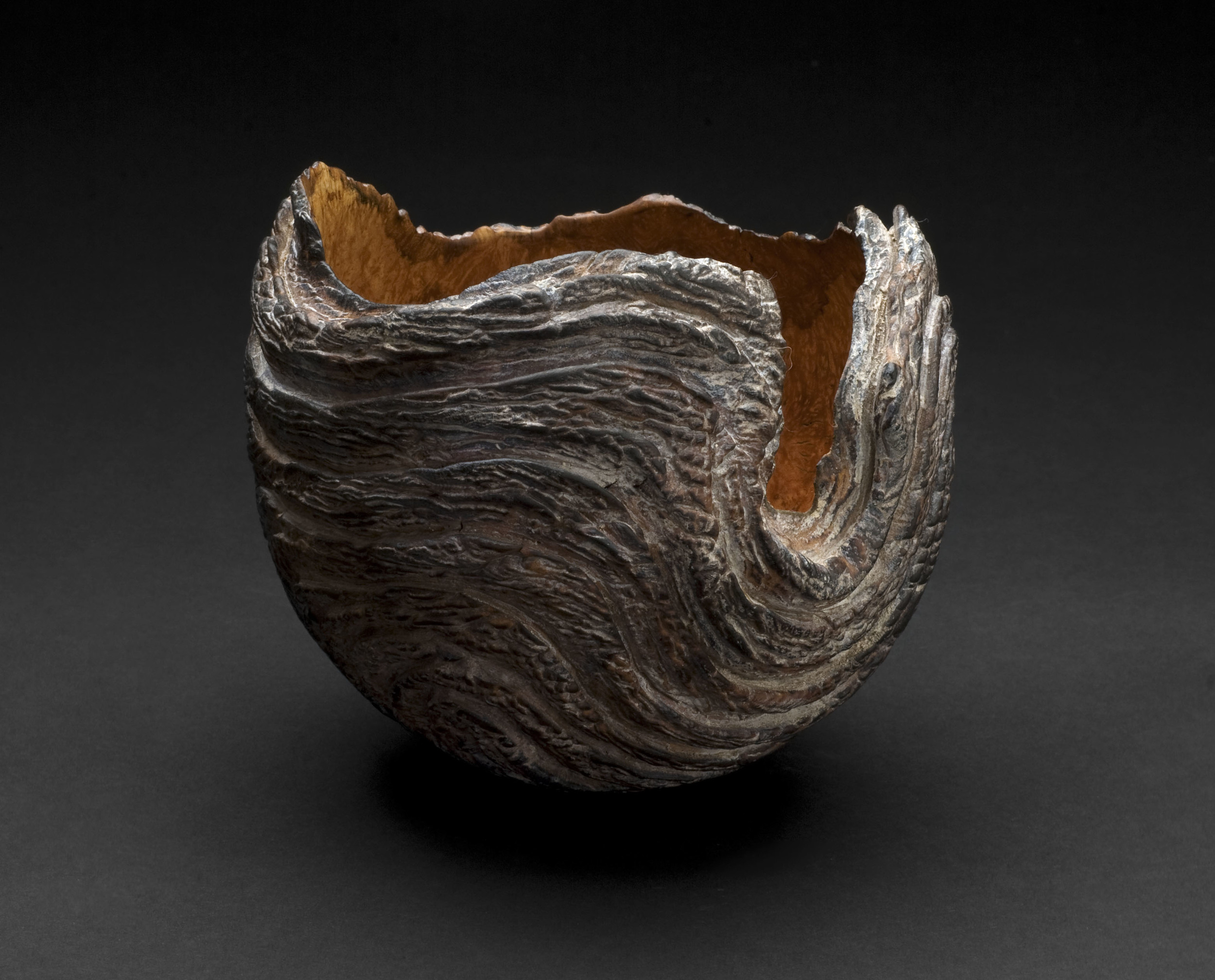 Christophe Nancey     Waved Bowl 2  , 2012  Heather root, with pewter inlay and some parts patinated with pigments and oil  4.33 x 5.51 inches / 11 x 14 cm / CNa 5