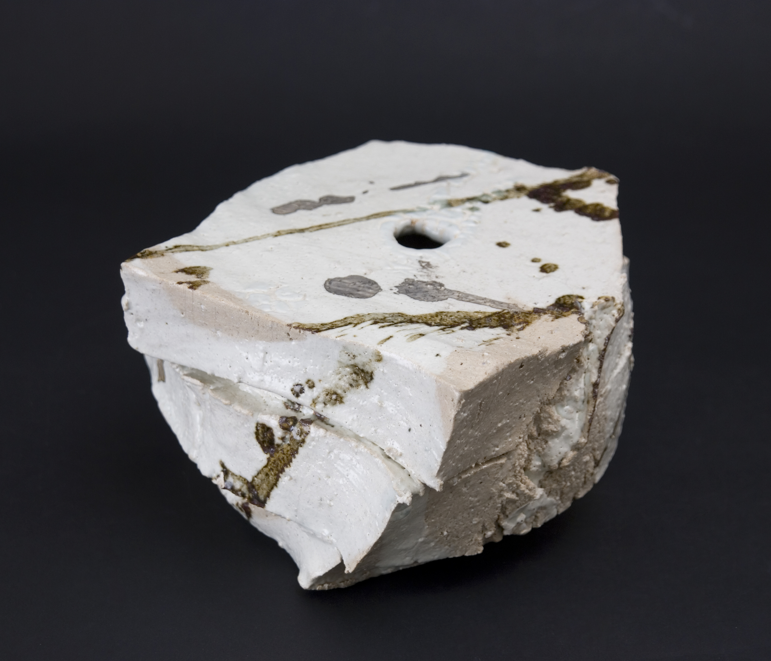 Shozo Michikawa    Small Twist Form  , 2010 Stoneware with Kohiki glaze 4 x 7 x 7  inches  /  10.2 x 17.8 x 17.8 cm  /  SMi 7