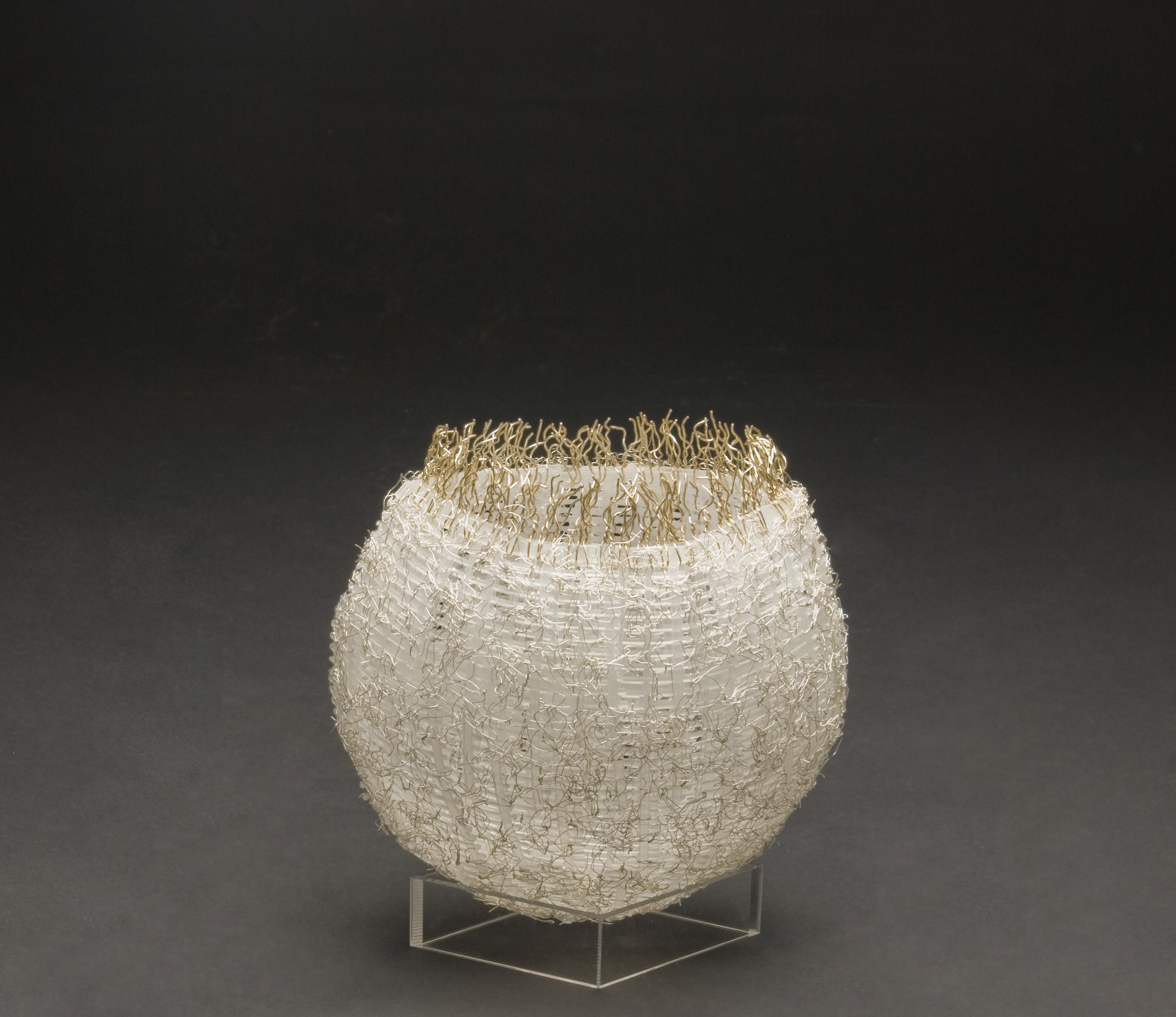 Akiko Mio    Kagokarakagoka  , 2009 Plastic, wire 9.84 x 9.84 x 3.94 inches / 25 x 25 x 10 cm / AkM 1