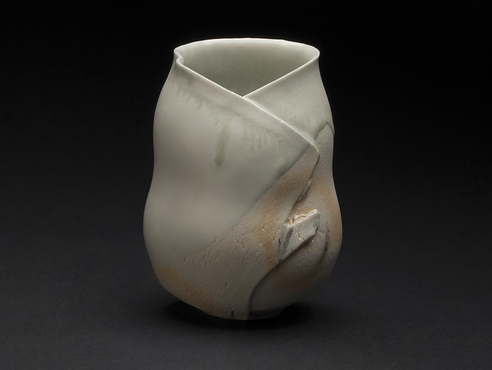 Mami Kato    Futukoro  , 2013 Porcelain 5 x 4 x 3.75 inches 12.7 x 10.2 x 9.5 cm MmK 11