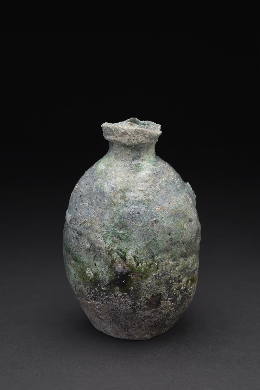 Mitch Iburg    Hidashi bottle  , 2015 Ceramic 6 x 4 x 4 inches 15.2 x 10.2 x 10.2 cm MIb 1