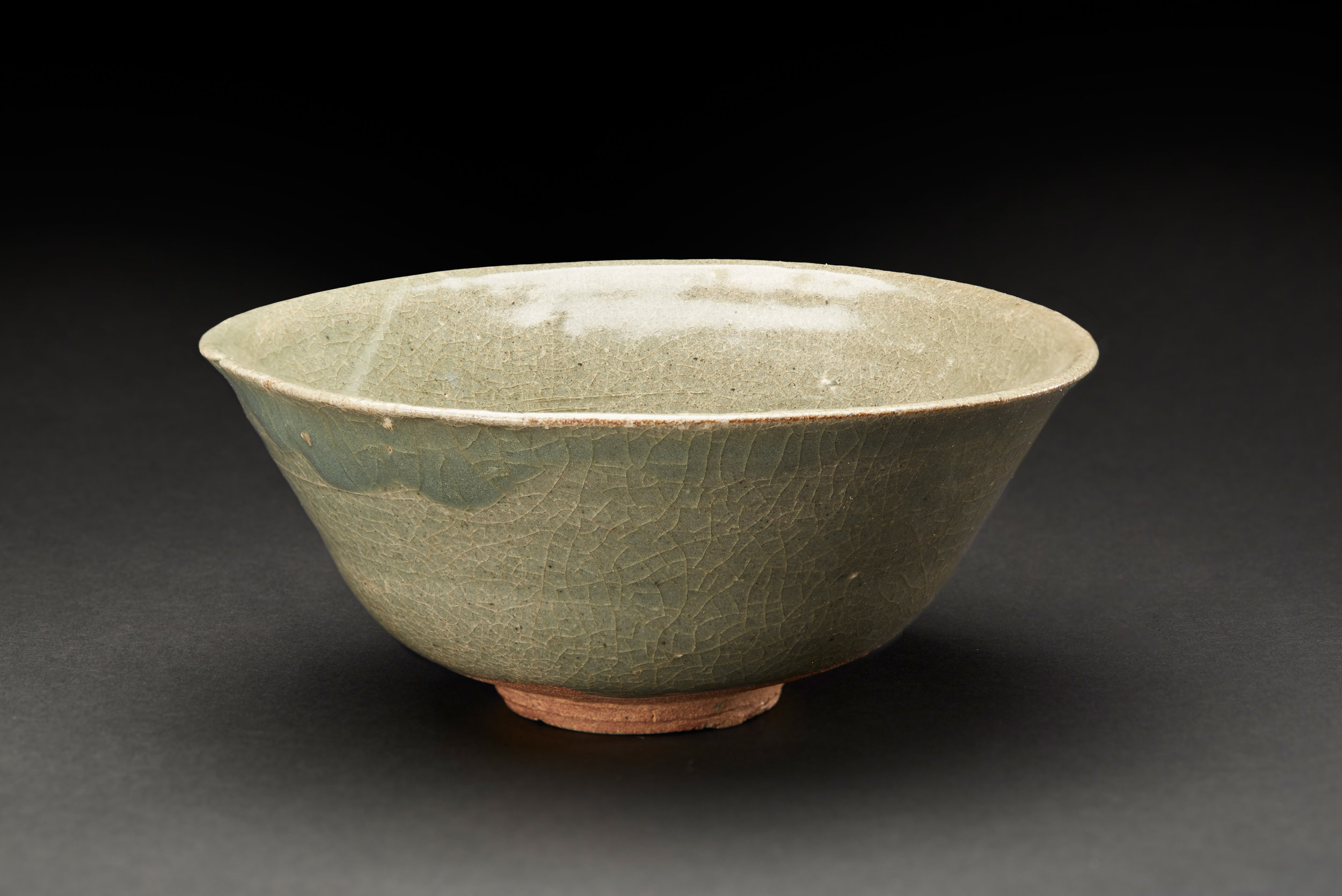 Korean Ceramics  Jade Green Punch Ong Bowl  , C. Early Chosun Period (15-16th Century) Course Stoneware 7 x 3 inches 17.8 x 7.6 cm KCer 4