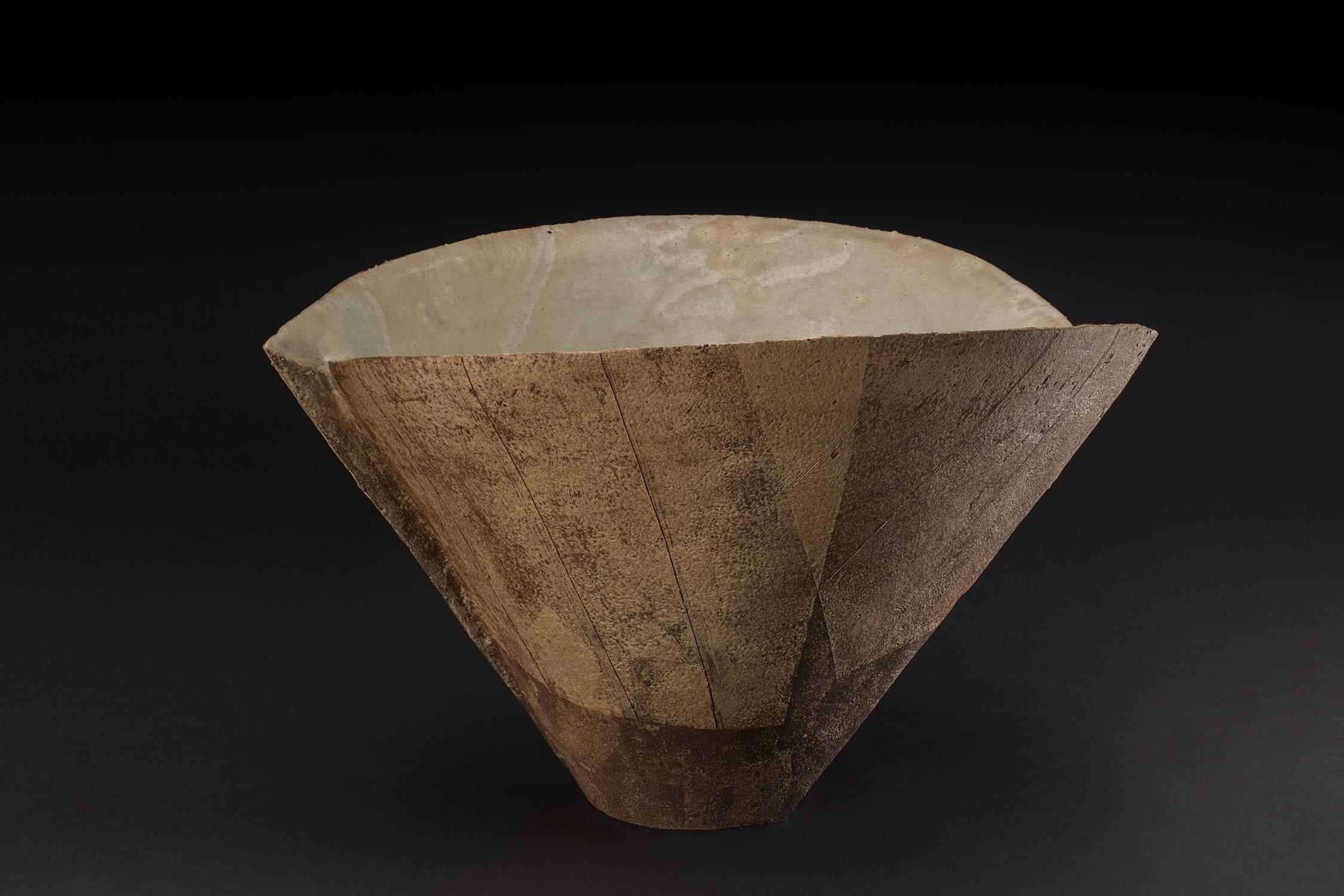 Keiichi Shimizu  Bowl  , 2018 Hand built porcelain, white mud glaze 9.5 x 15.5 x 13 inches 24.1 x 39.4 x 33 cm KSh 7