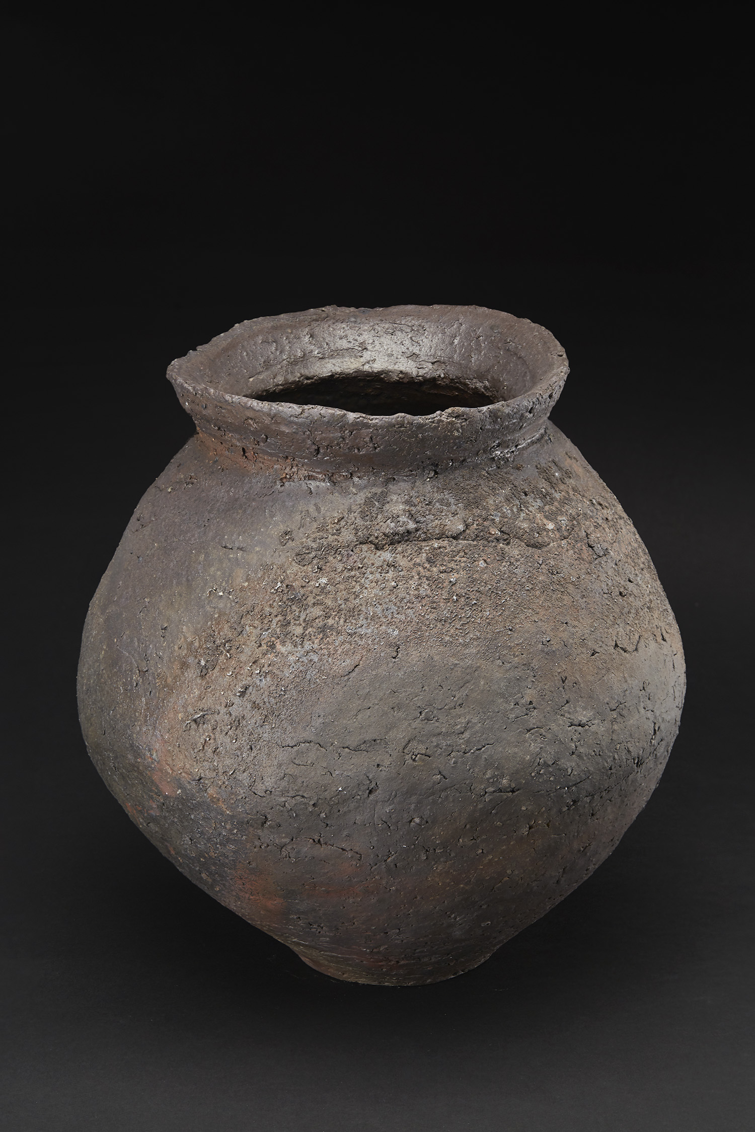 Mitch Iburg  Ember Buried Wide Mouthed Vessel  , 2018 Wild Minnesota kaolinitic clays with crushed stone aggregate 11 x 11 x 11 inches 27.9 x 27.9 x 27.9 cm Mib 29