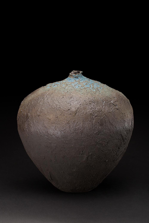 Peggy Germain  Grande jarre  , 2018 Ceramic 11 x 11 x 8 inches 27.9 x 27.9 x 20.3 cm PGe 1