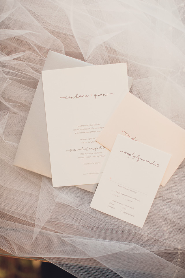 Invitations by: Tange Design