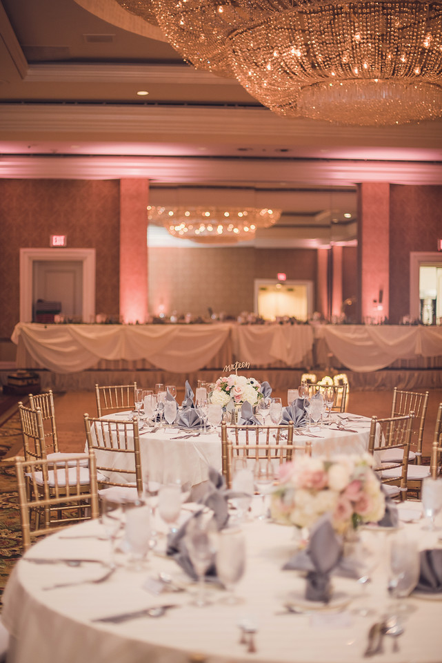Photo by: Sun and Sparrow | Venue: Fairmont Hotel, Newport Beach | Chiavari Chairs and Napkins by: Glow Concepts Fine Linen | Florals by: Pink Daffodil