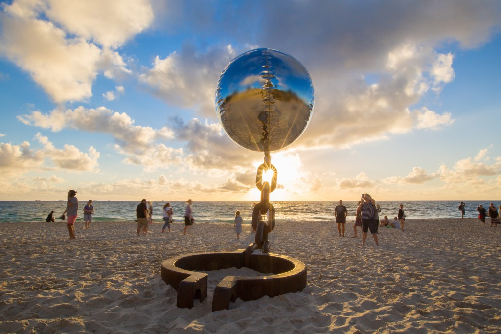 sculptures by the sea - Cottesloe