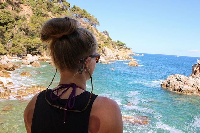 Agua and @croakies 👌🏼❤️ • #travel #teamusa #croakies #everydayadventure #sunny #summer #beach #spain #happy #beautiful #fitness #kayaking #love #outdoors #ocean #athlete #teamtypeone #t1d