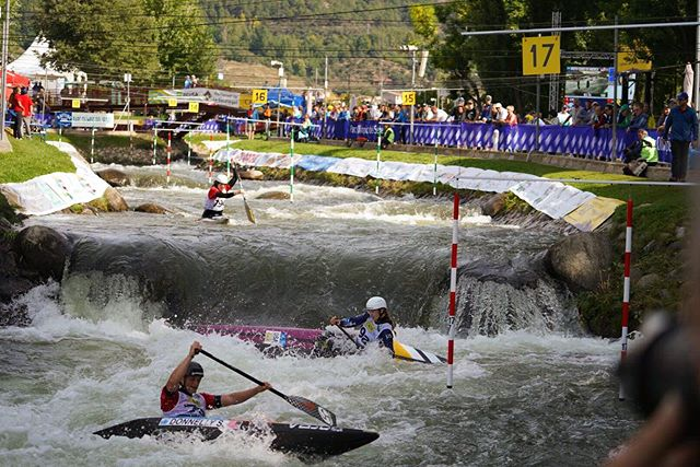 Team runs were lit thanks ladies, 6th in the world! 🖤 • #didntdie #stillhaveallmyteeth #yay #teamusa #6th #worlds #canoeseu #icfslalom #awesome #love #fitness #kayaking #outdoors #surfing #rivers #athlete #t1d #teamtypeone •