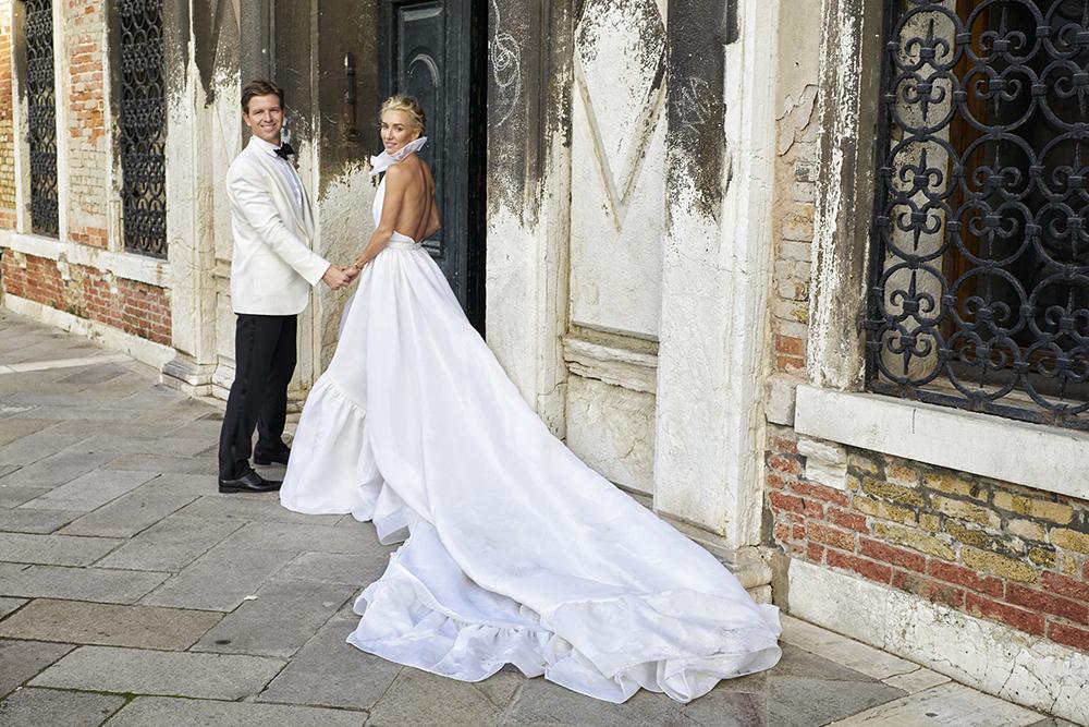16-06-15 Emily & Rob_Reception__06-15 Wedding Reception_2230.jpg