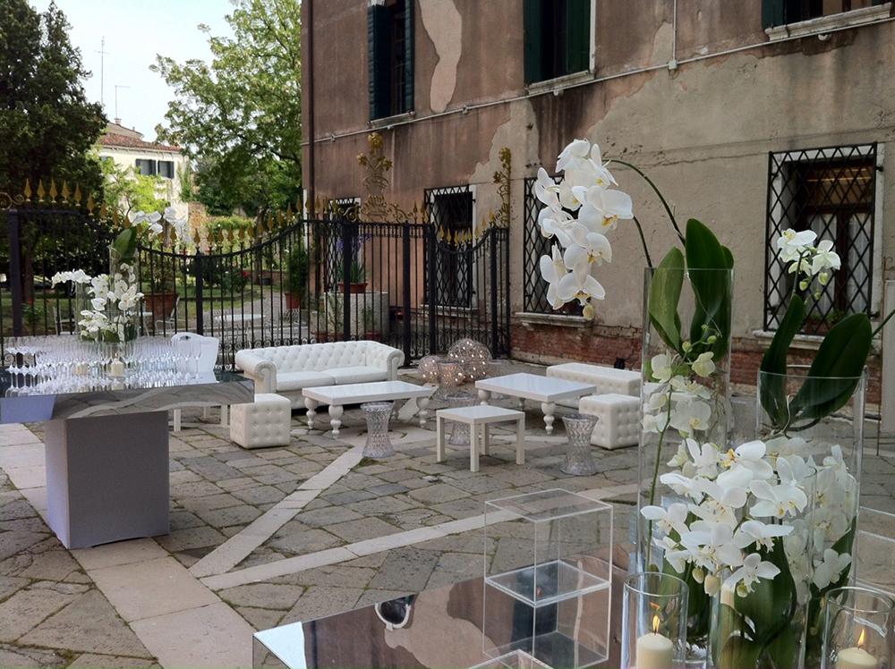 cortile palazzo 2(1).jpg