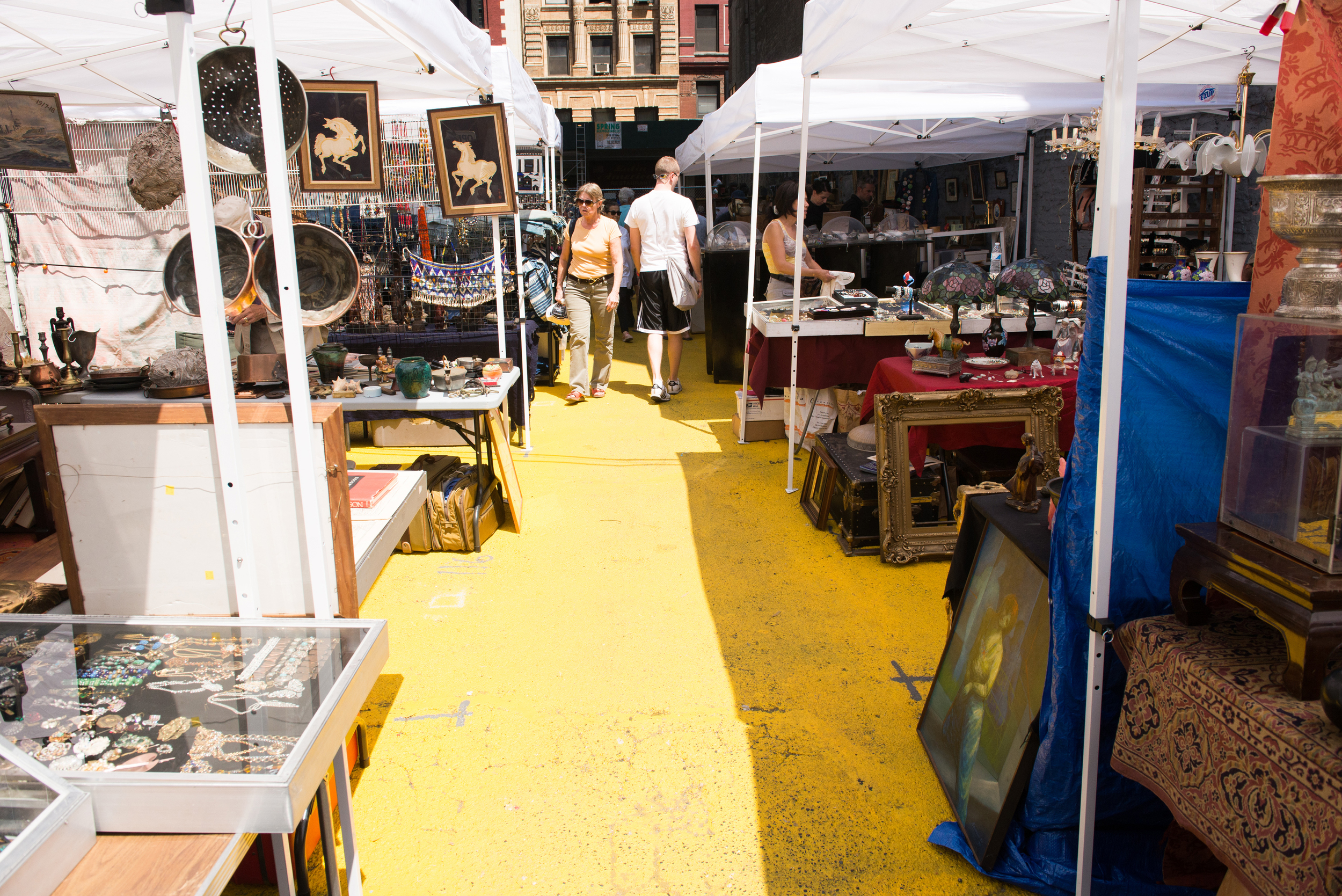 An insiders view of the 'yellow brick alley' at Chelsea Flea Market