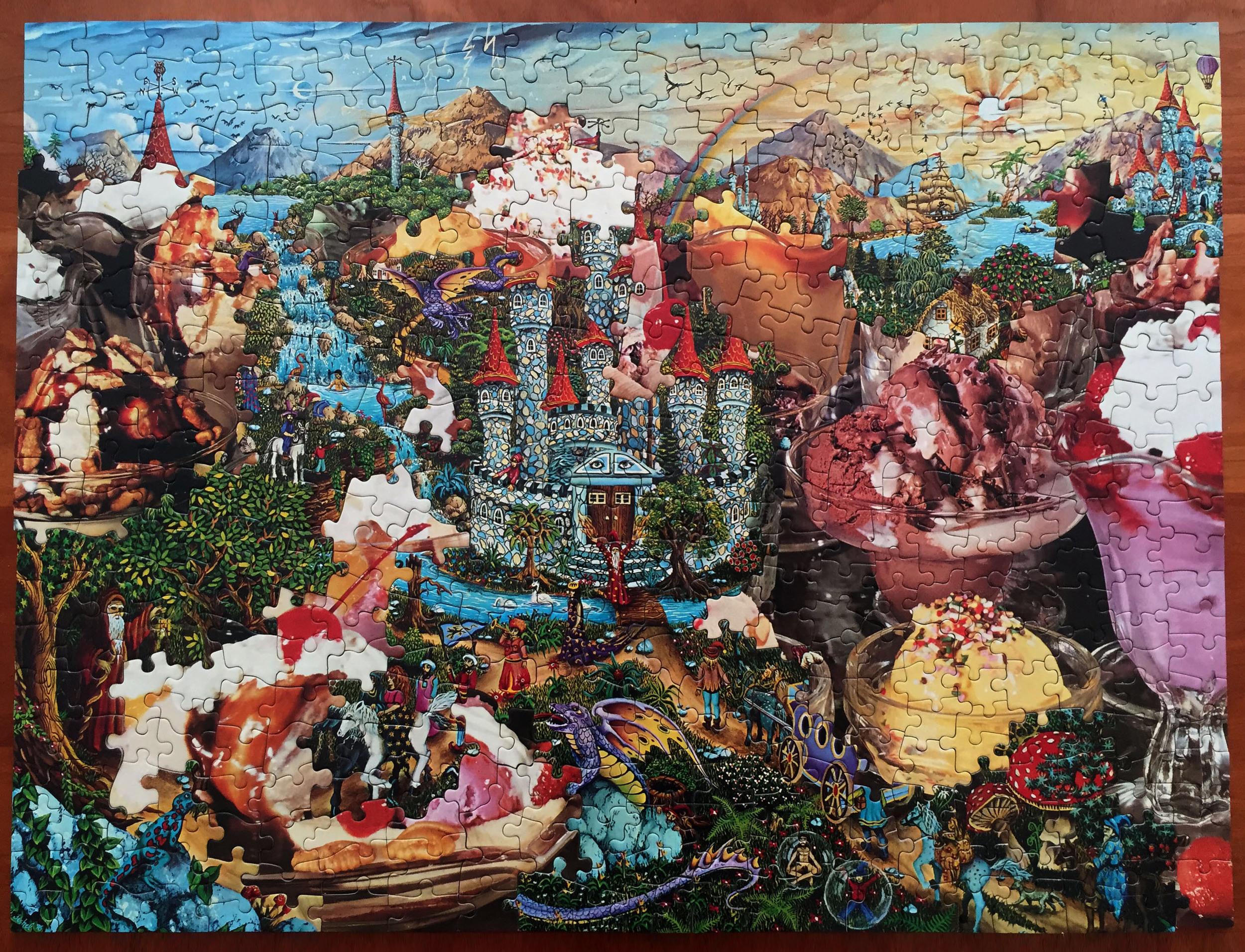 Fanta-C, puzzle collage