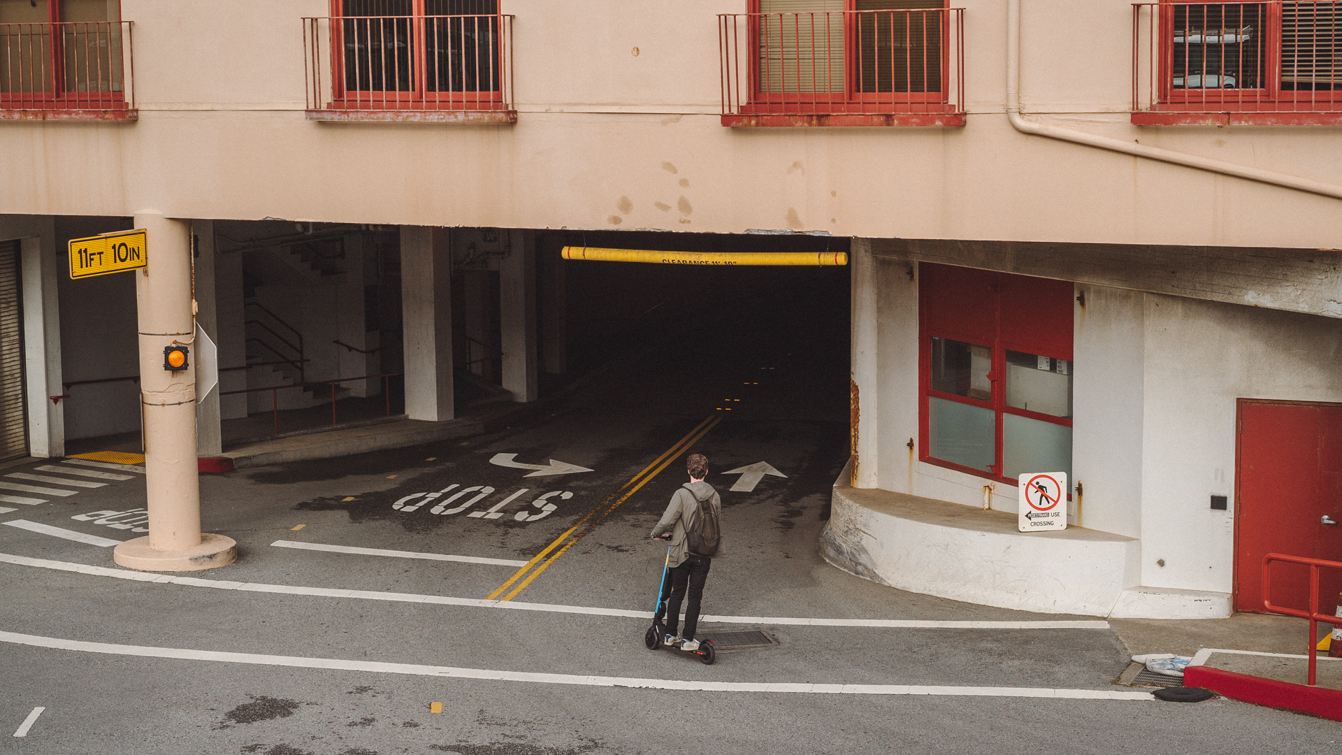 tauszik_veix_scooter_04.jpg