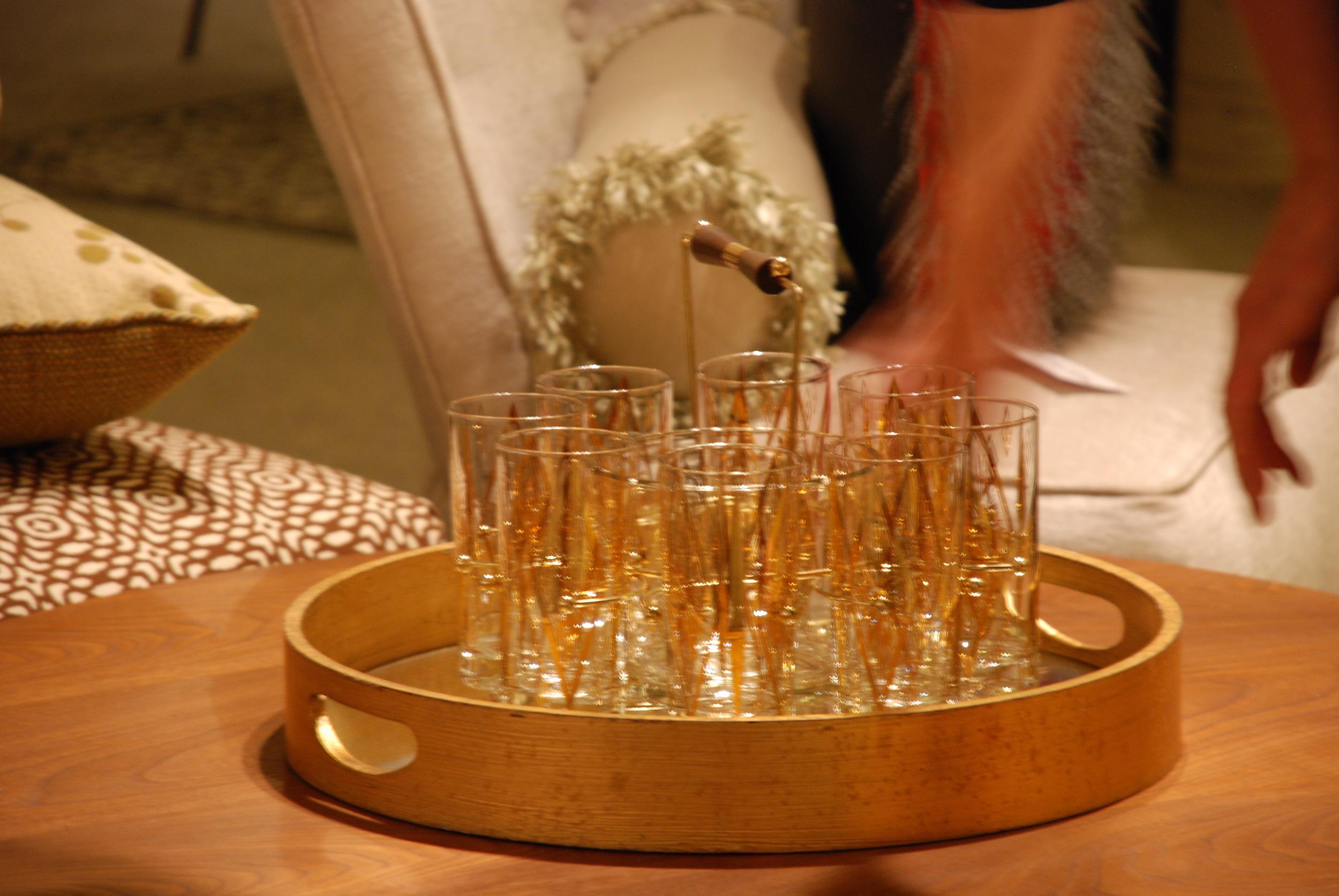 Glasses & Round tray.jpg