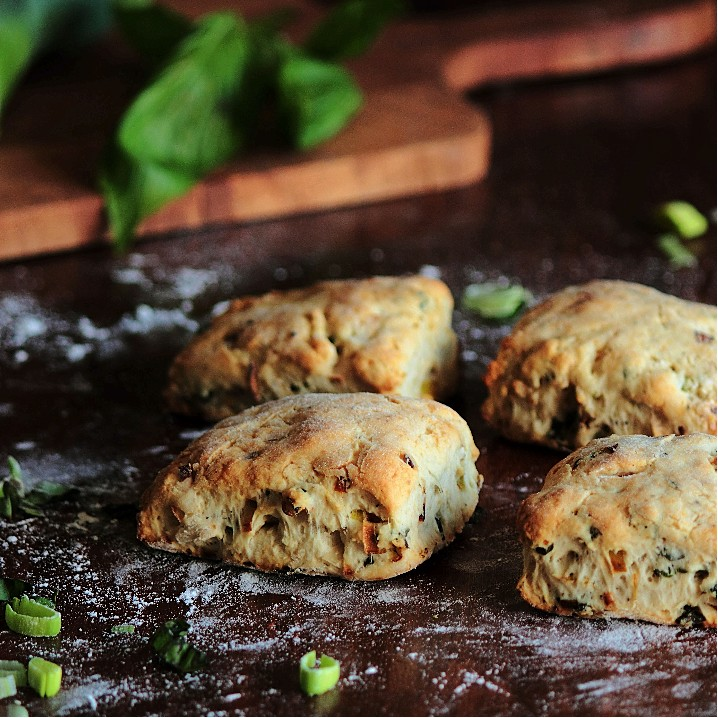 Caramelized Leek Biscuits