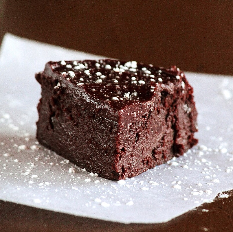 Flourless Chocolate Rum Cake