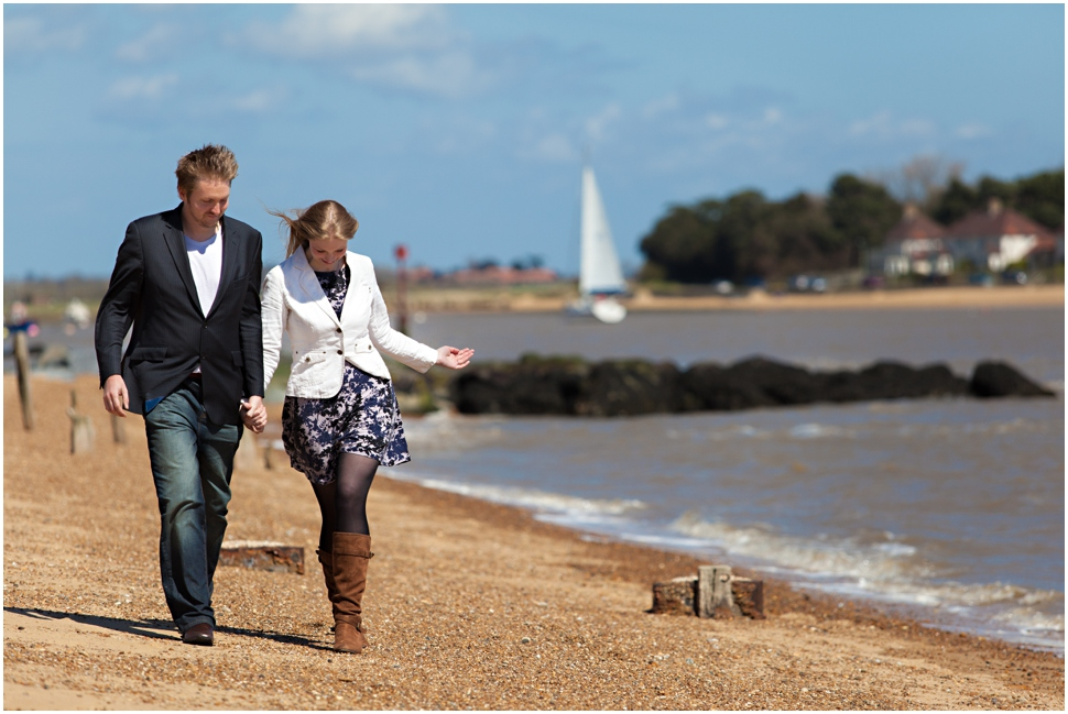 A SUN-SOAKED SUFFOLK COAST ENGAGEMENT / MEL & FREDDIE / ROSSDEANPHOTOGRAPHY.COM