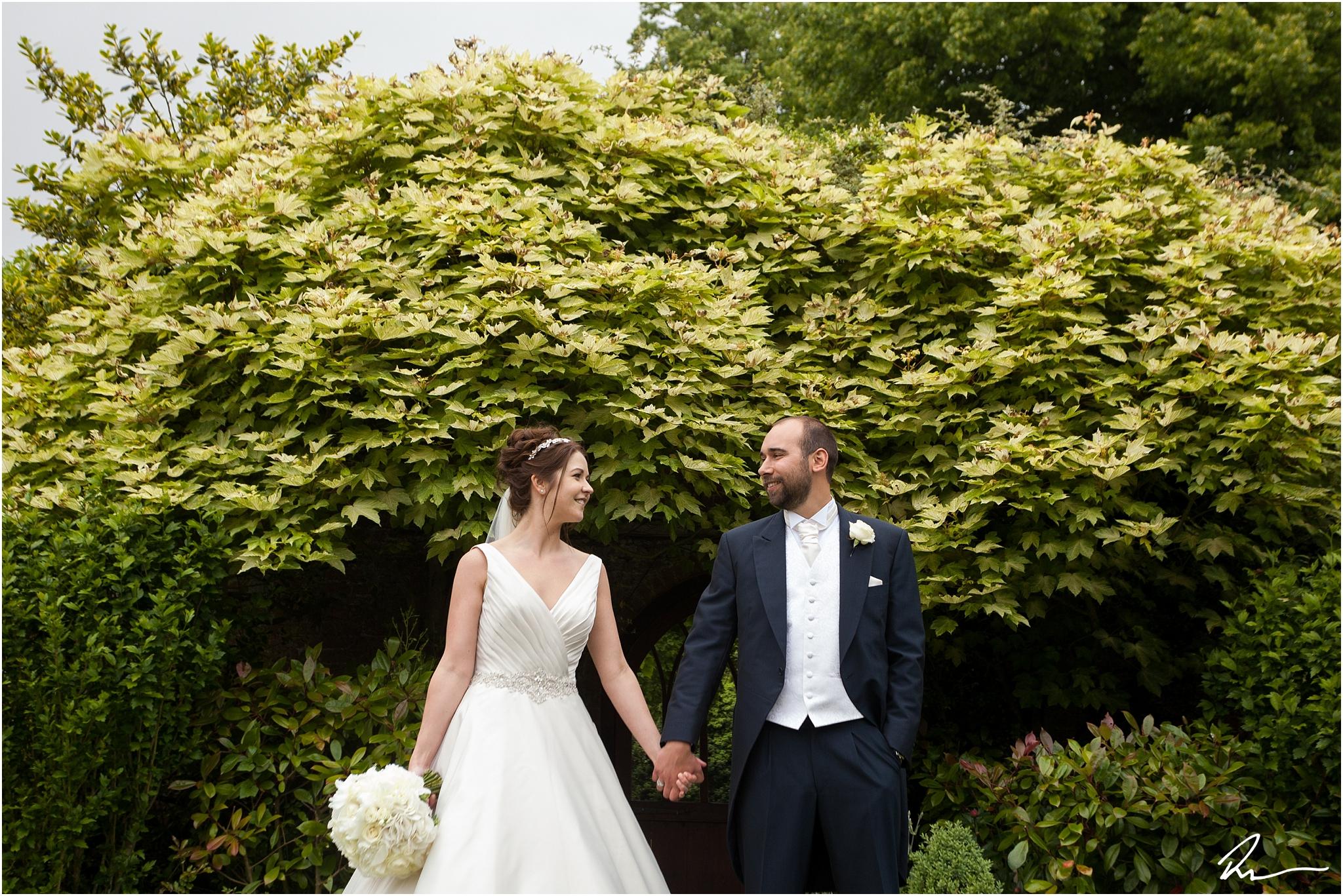 woodhall-manor-wedding-photographers