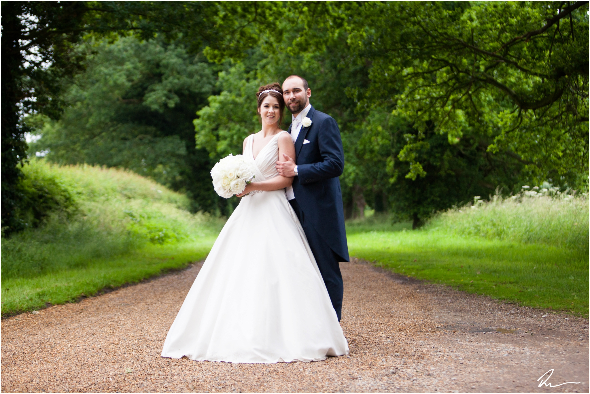 Woodhall-Manor-Wedding-Ross-Dean-Photography_0001.jpg
