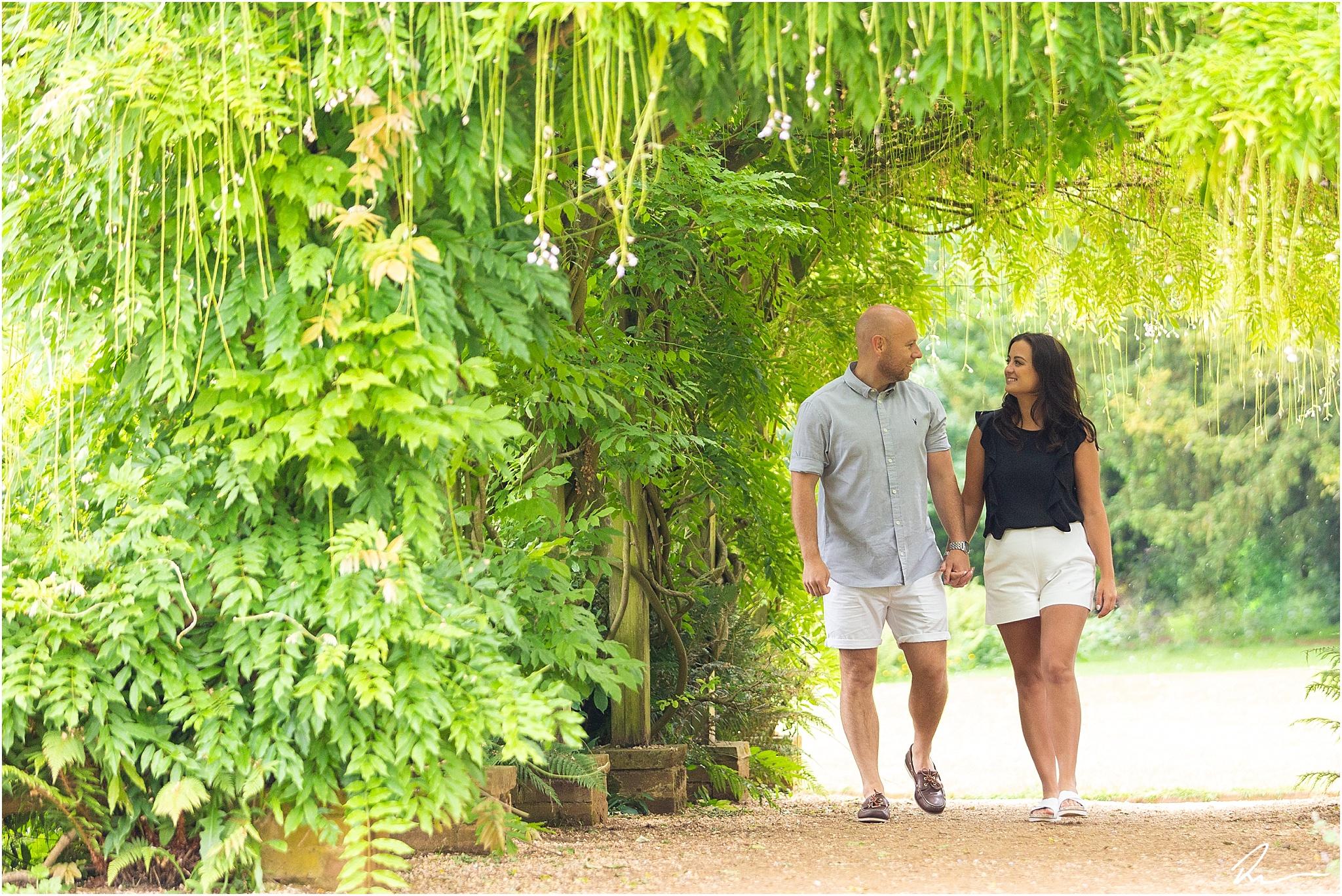 hylands-park-engagement-photos