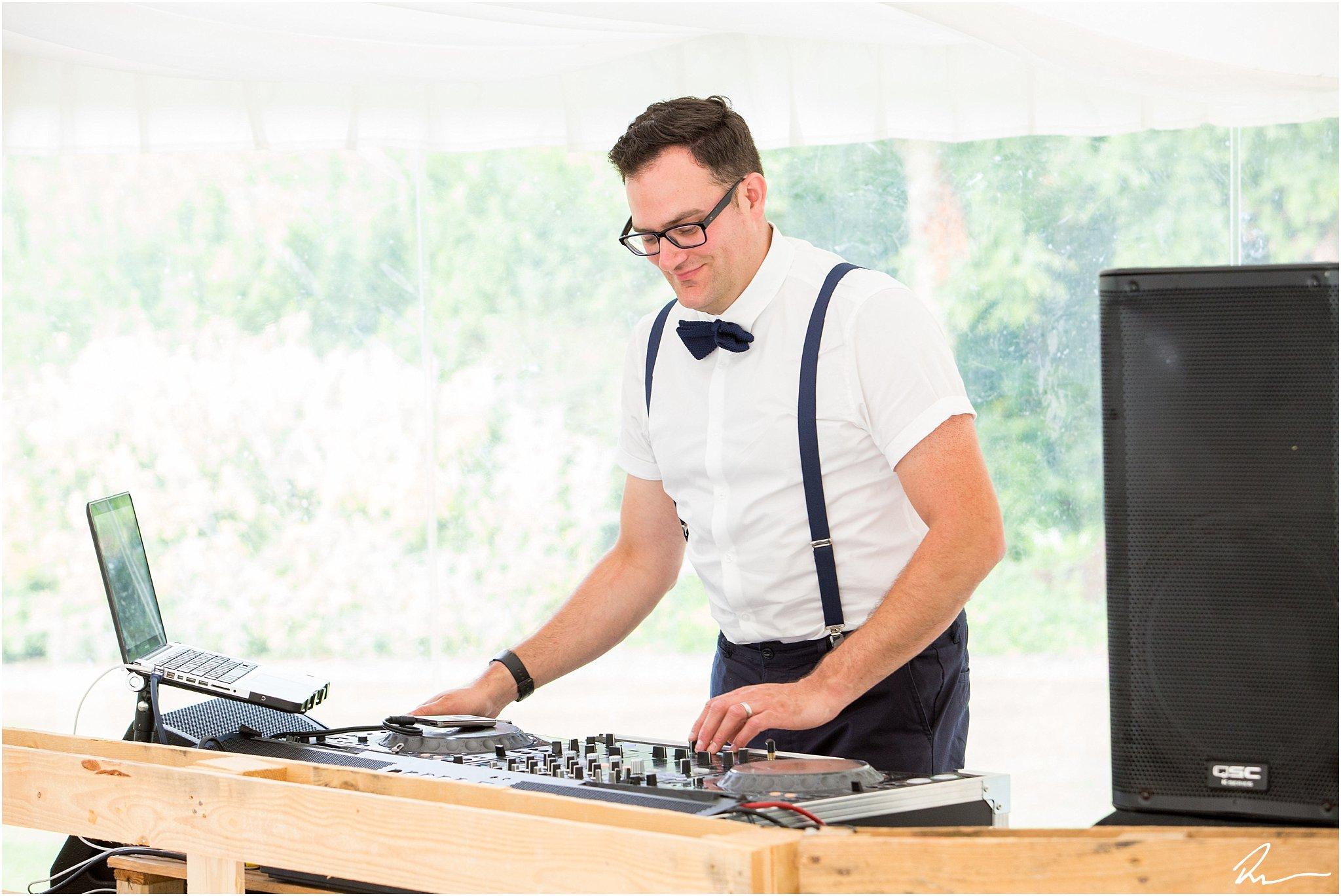 wedding-reception-dj-suffolk-ross-dean-photography
