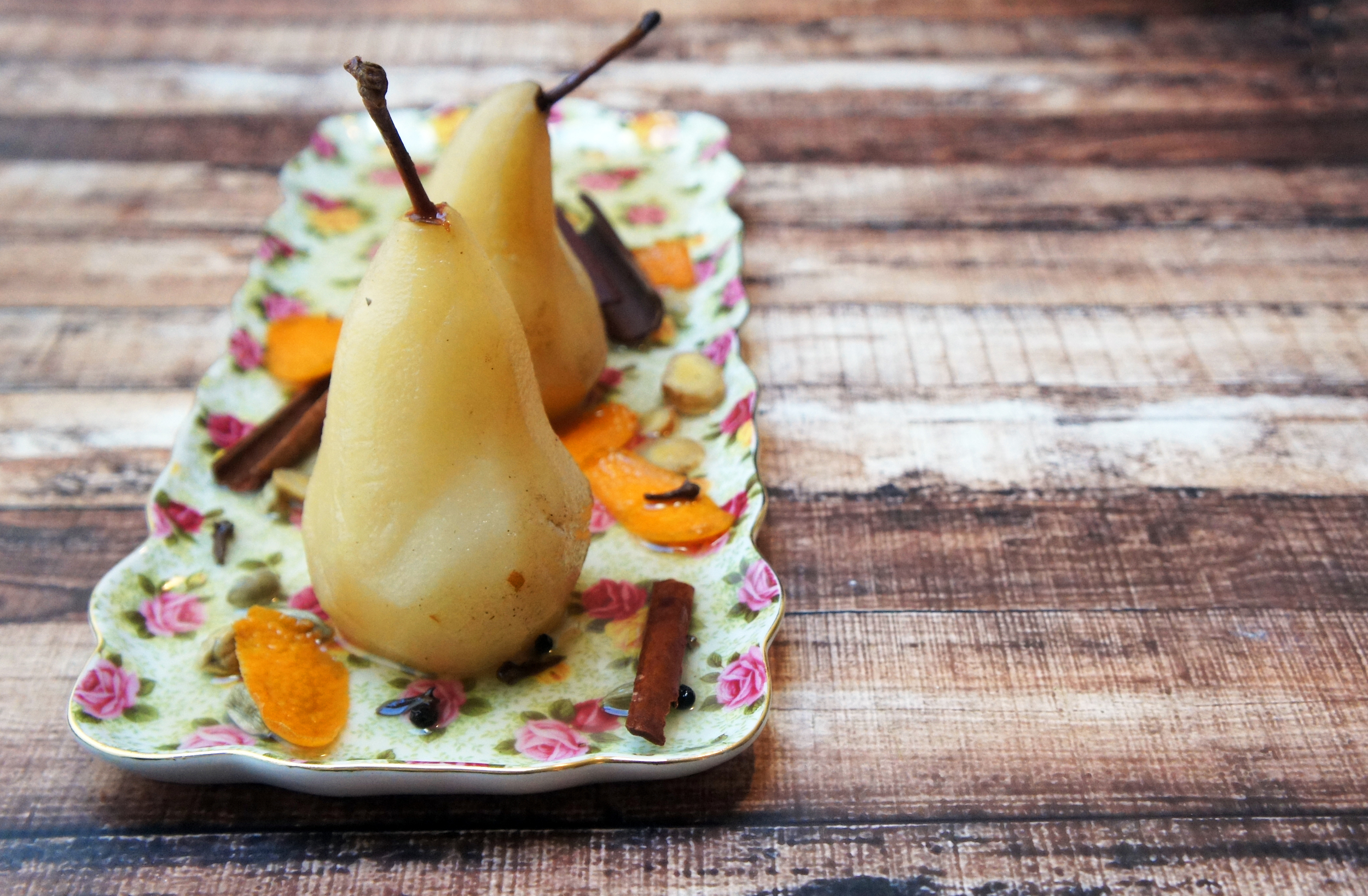 Citrus, Spice and Wine Poached Pears (Paleo & Vegan)