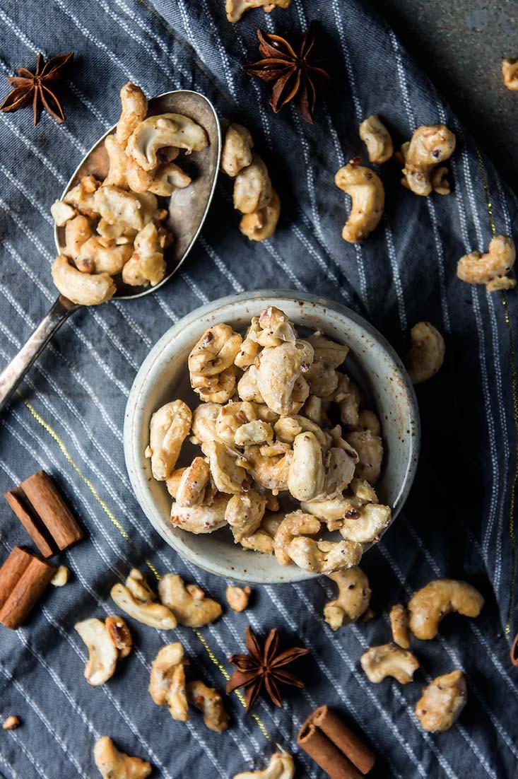 Maple Chai-Spiced Roasted Cashews