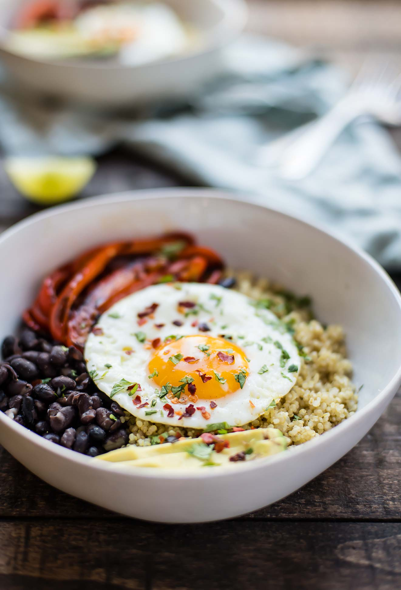 Roasted Red Pepper, Black Bean & Quinoa Breakfast Bowl