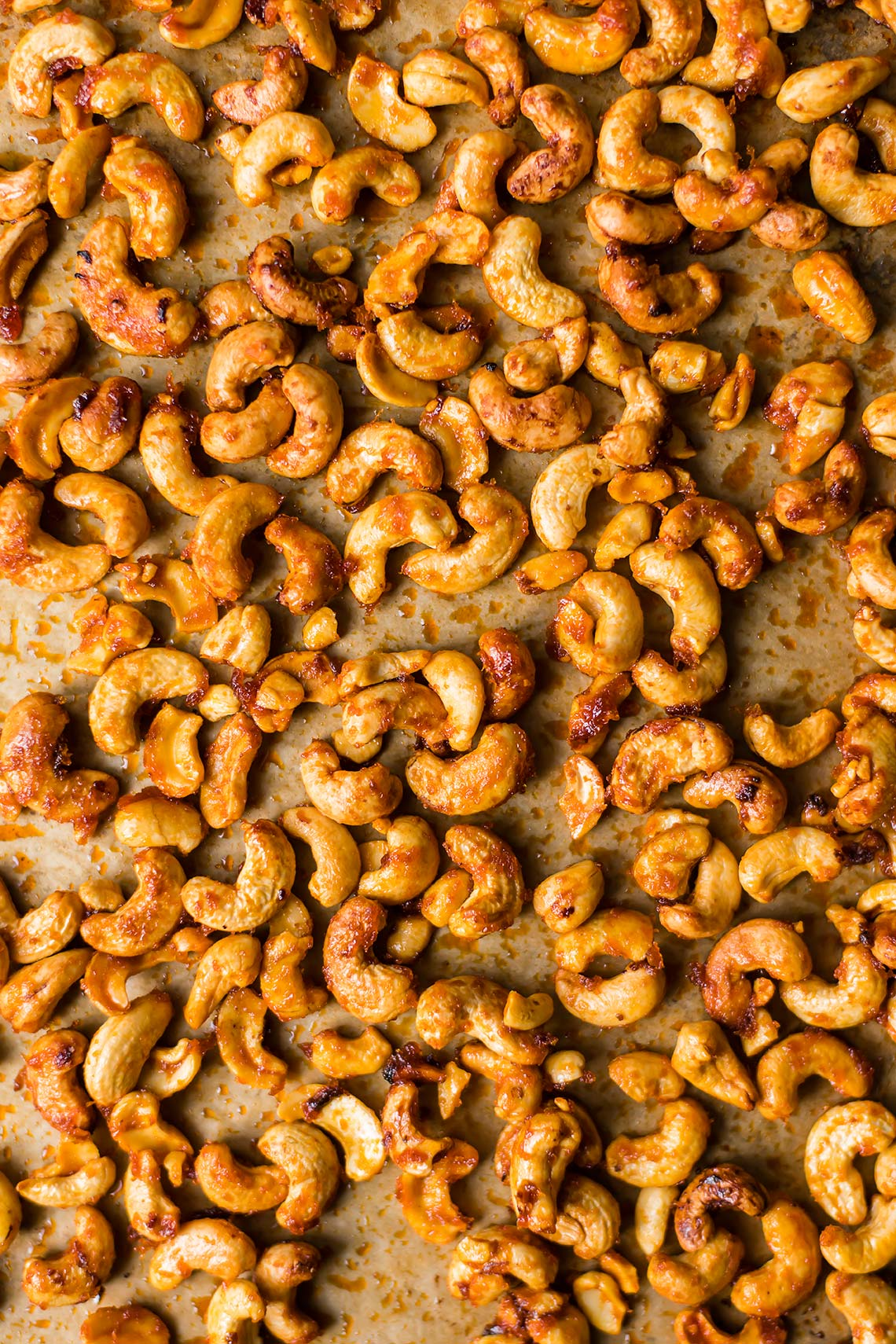 Maple-Orange Sriracha Roasted Cashews