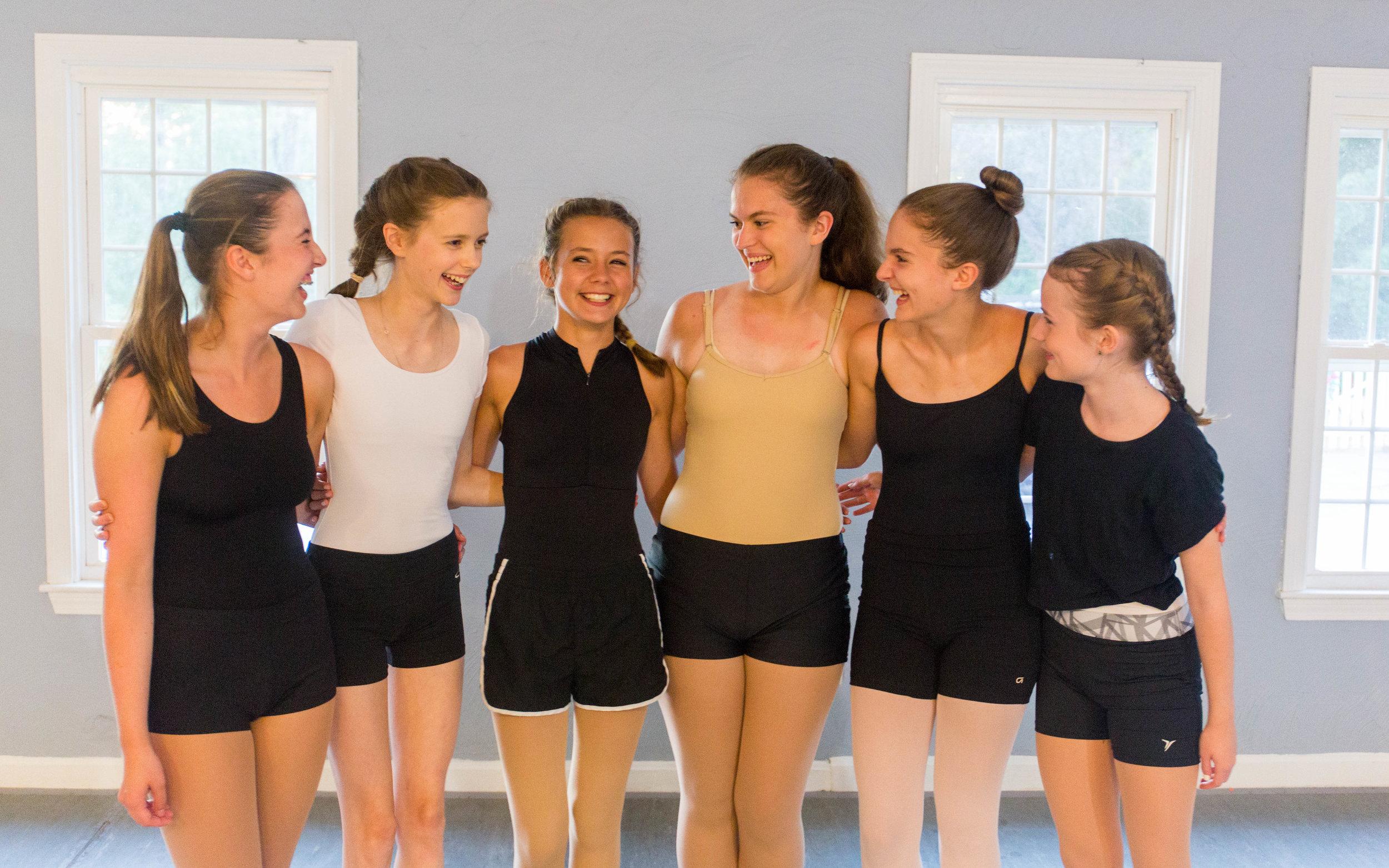 DancersGroup.jpg