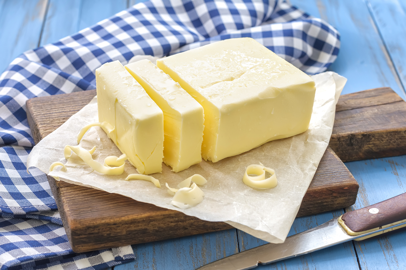 Butter is a rich source of butyric acid; scientifically shown to reduce inflammation in gut and increase mitochondrial health (our energy producers). A healthy gut bacteria flora naturally produces vast amounts of butyric acid due to its critical health functions in body.