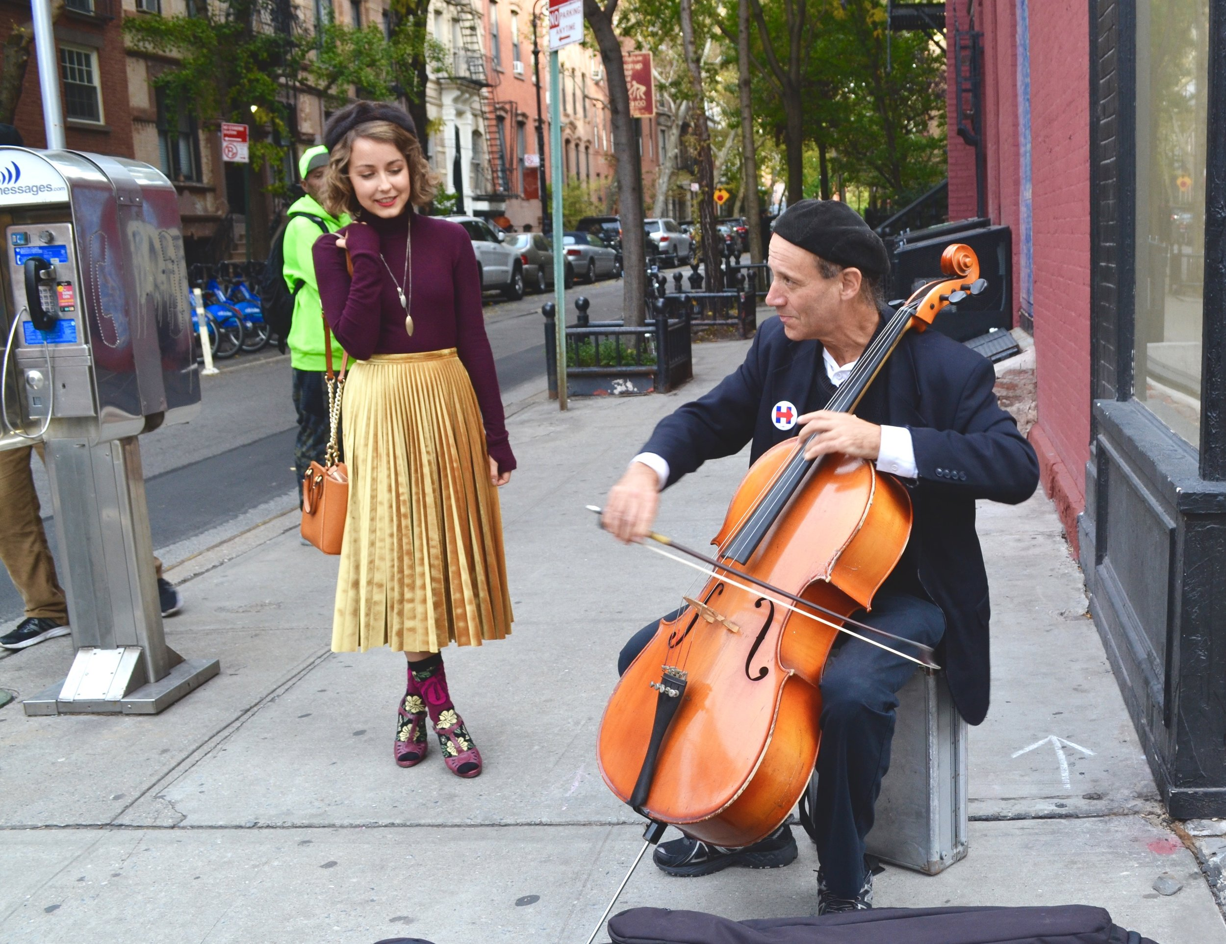 Cellist Peter Lewy