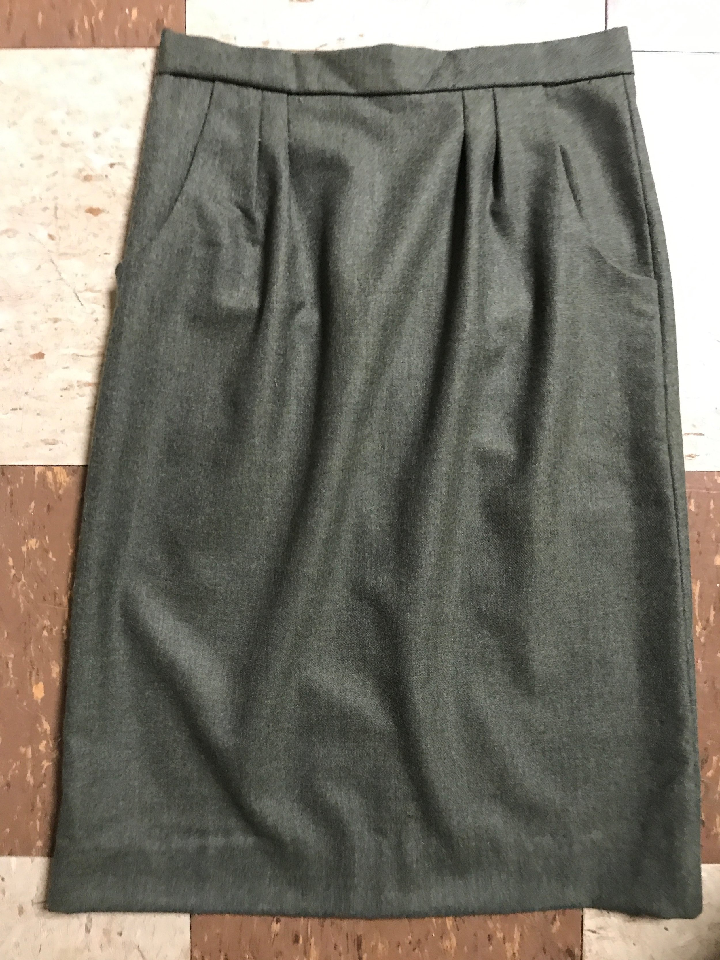 Women's Tailored Skirt