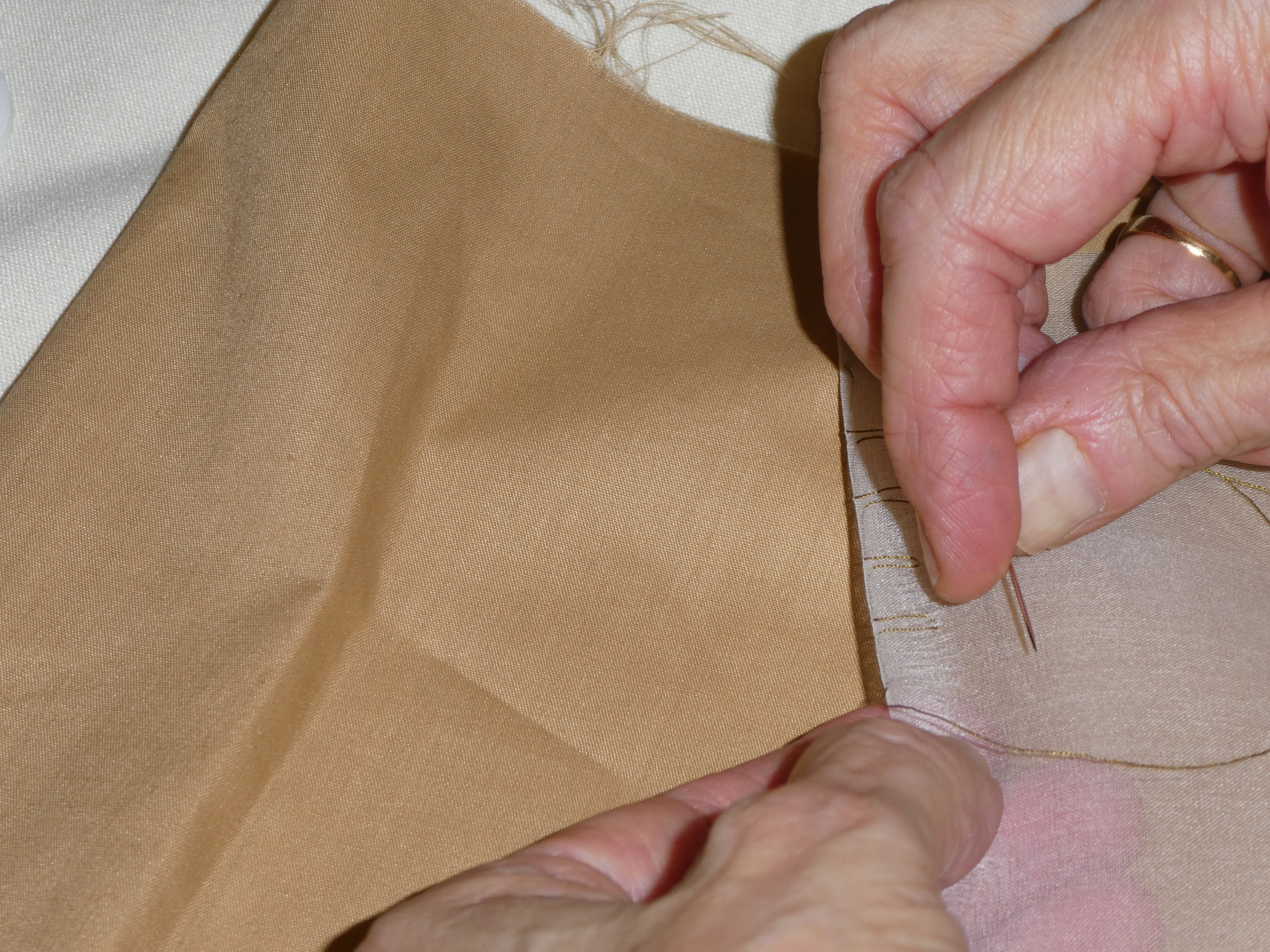 Learning the rolled hem