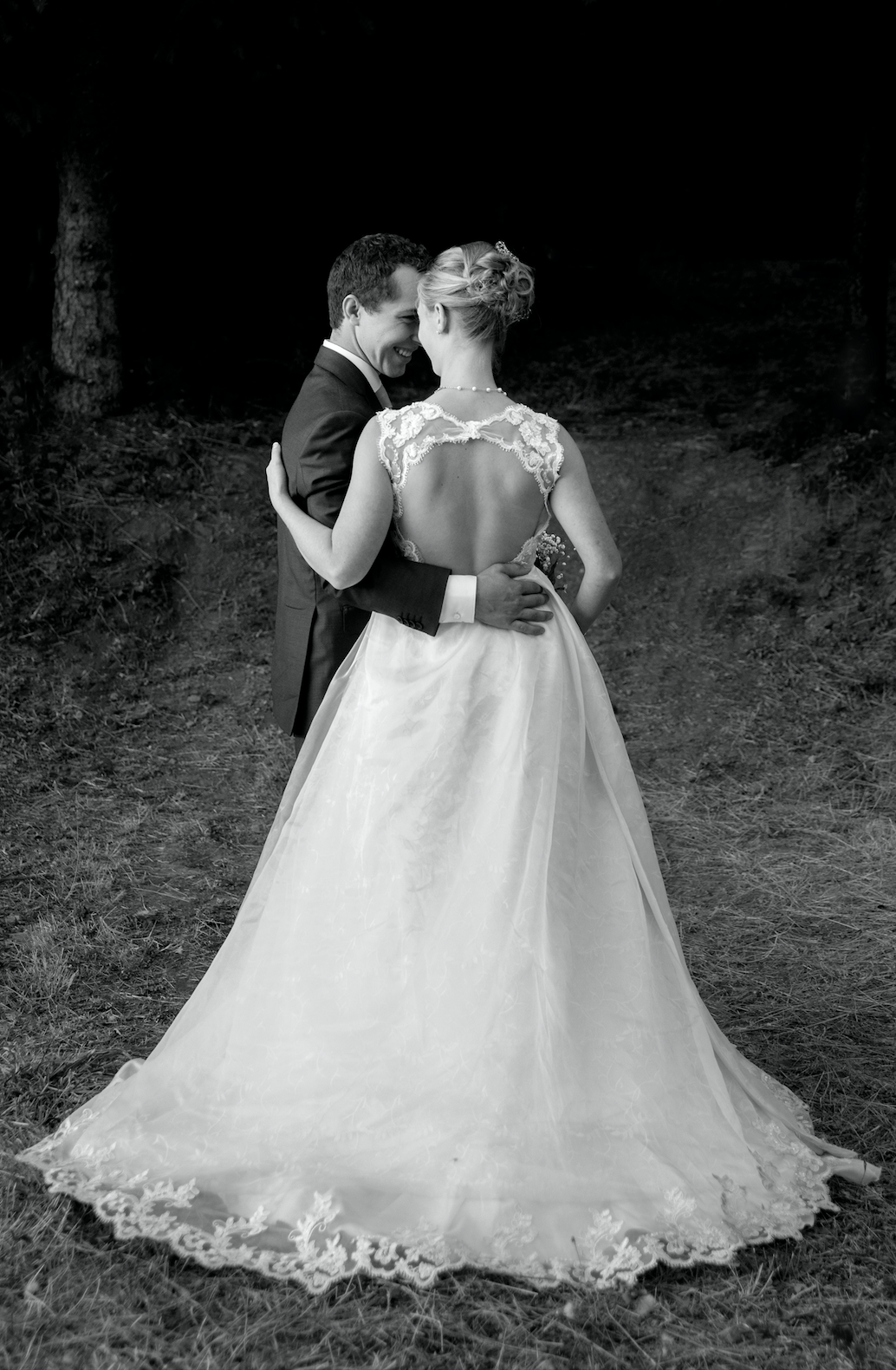 The dress with removable full overskirt