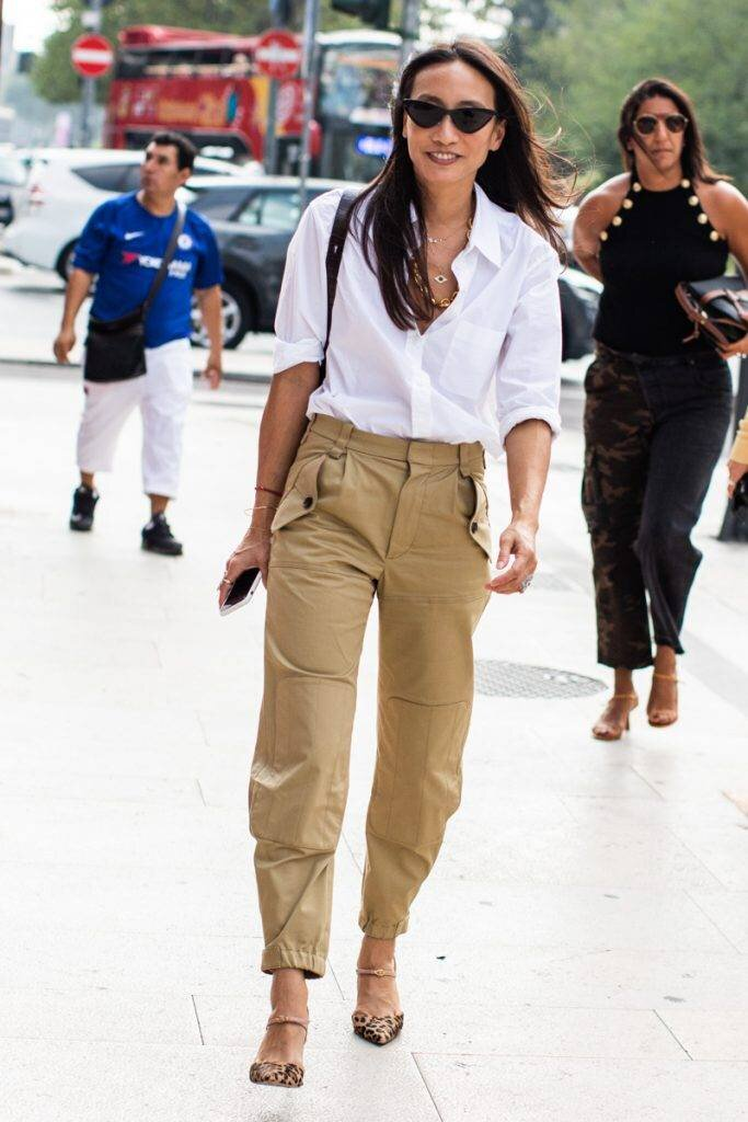 cargo-pant-outfits-279192-1554836727614-main.900x0c.jpg
