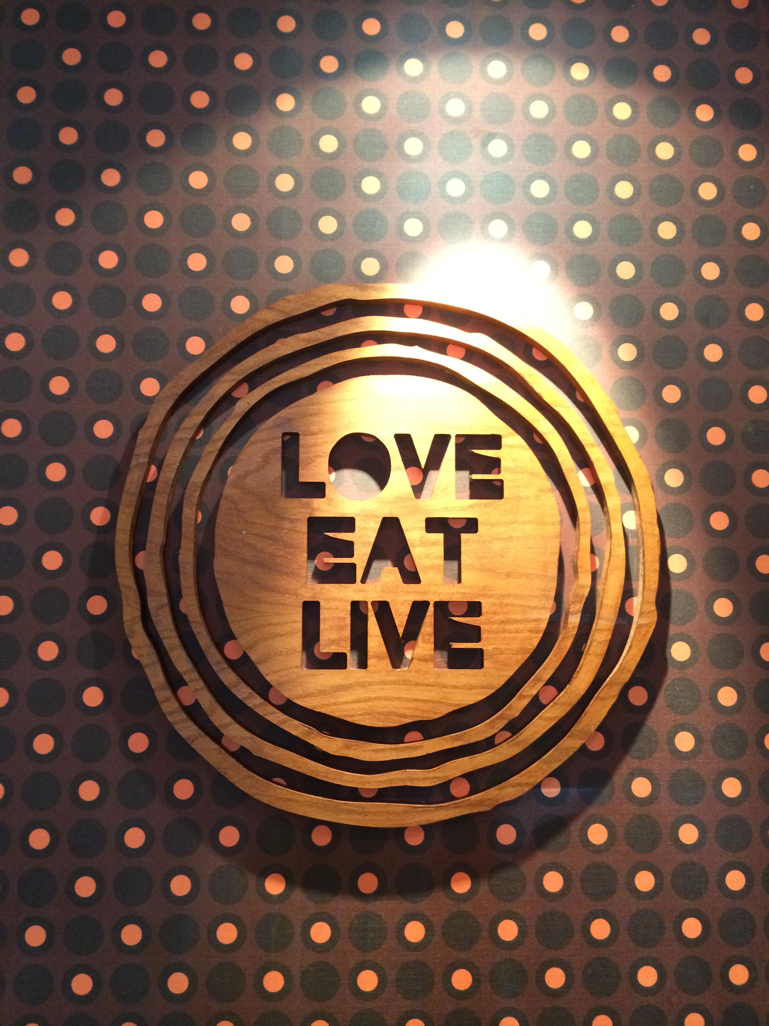 Love.Eat.Live