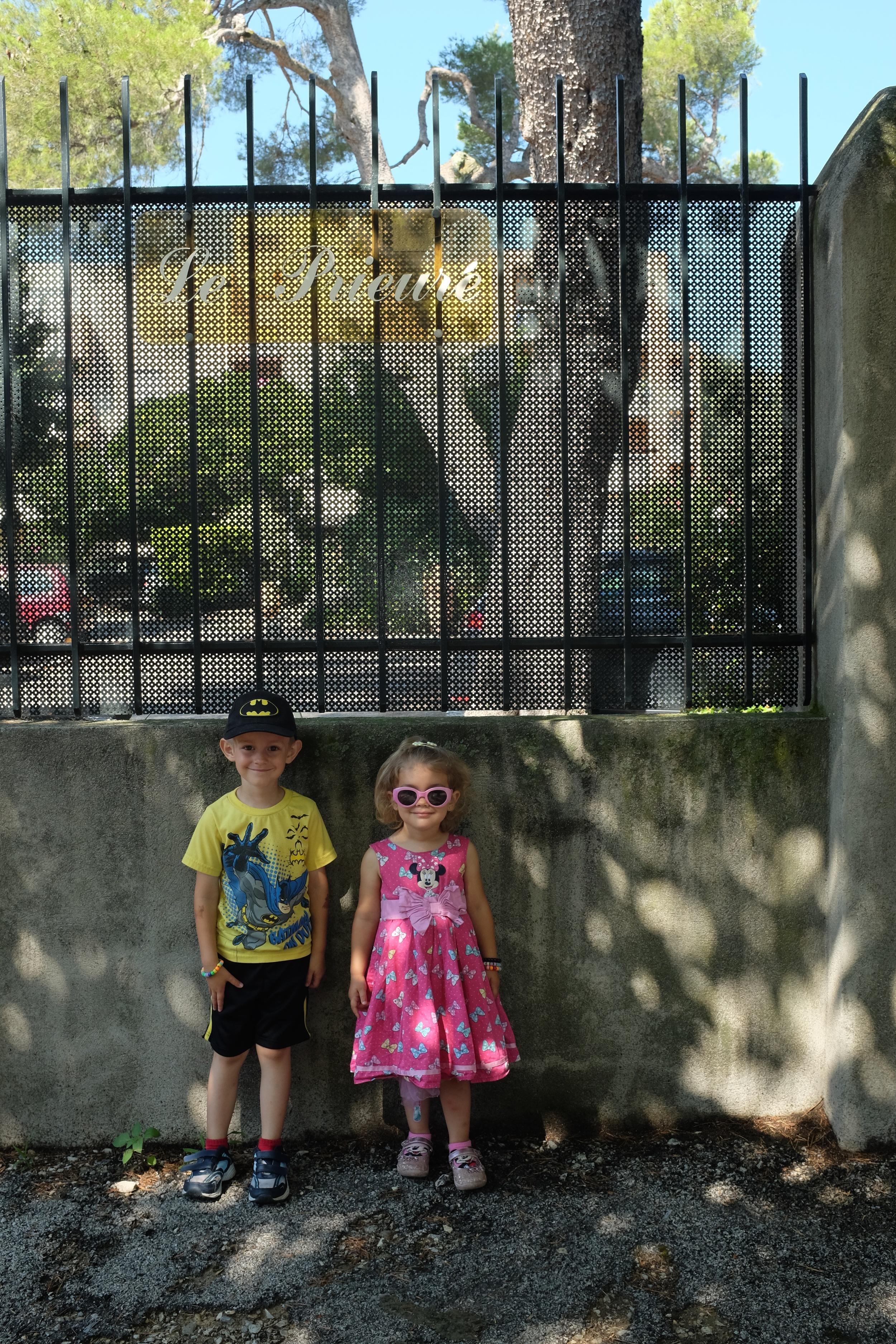 Kian & Hannah right outside the apartment complex
