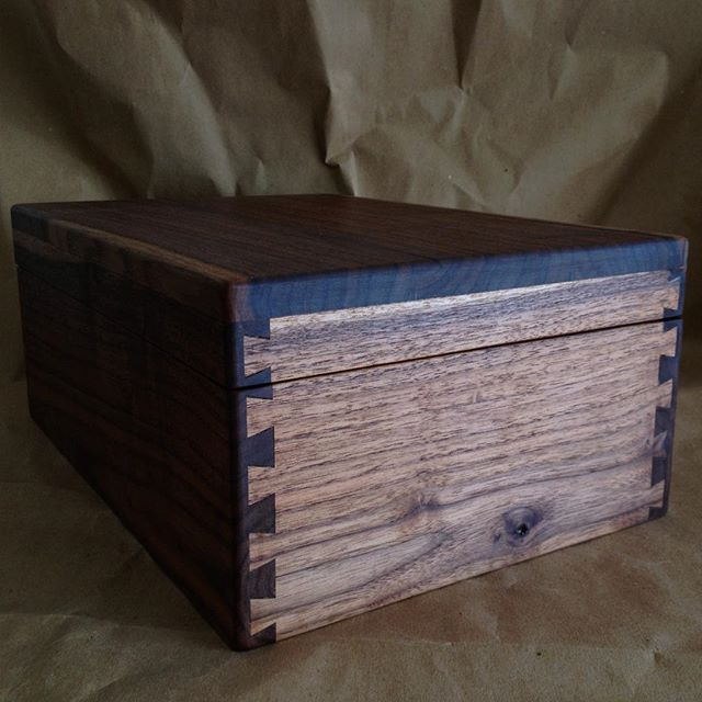 A special memorial box I made for a good friend some time back.
